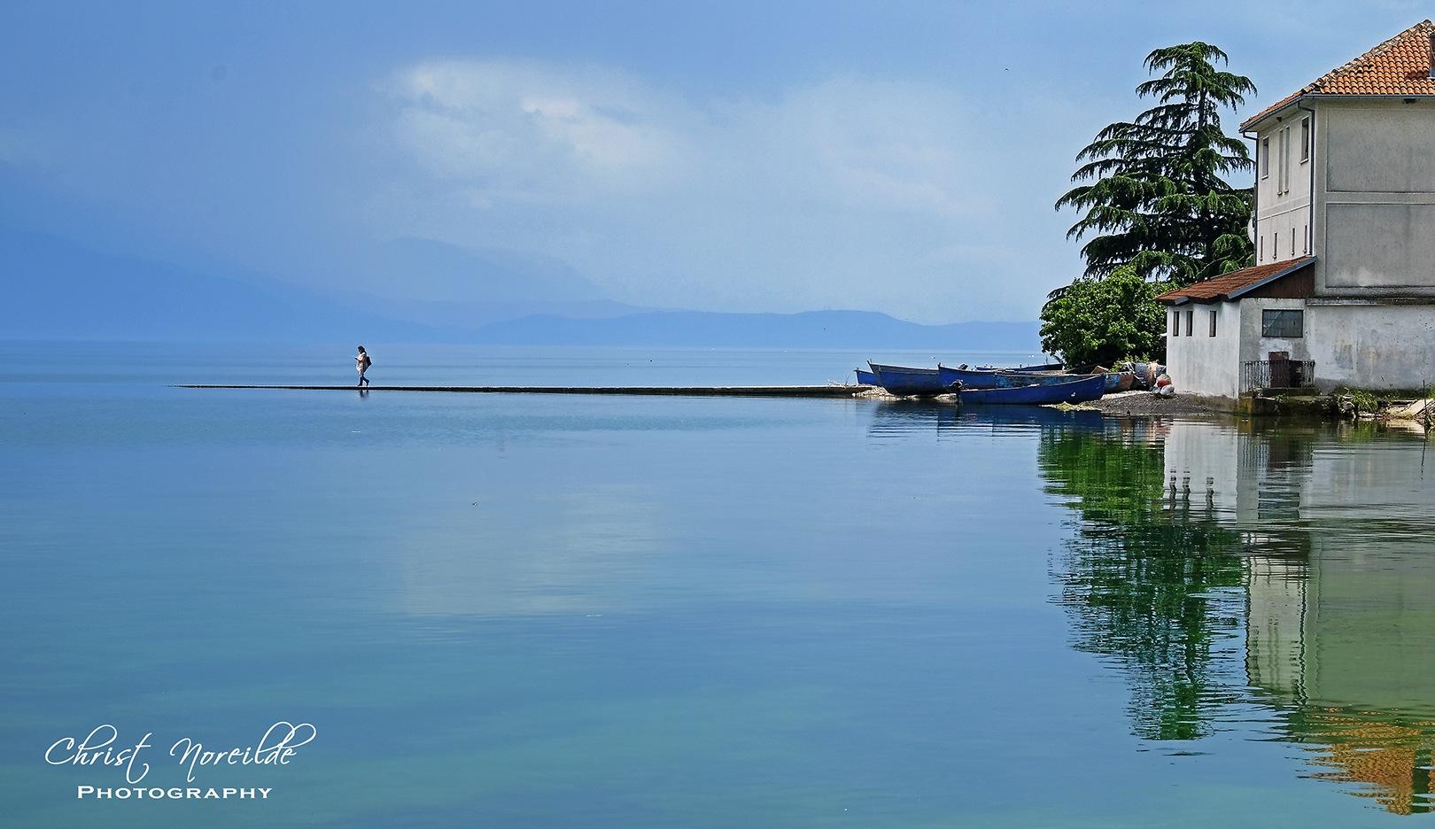 Walk on water by Christ Noreilde