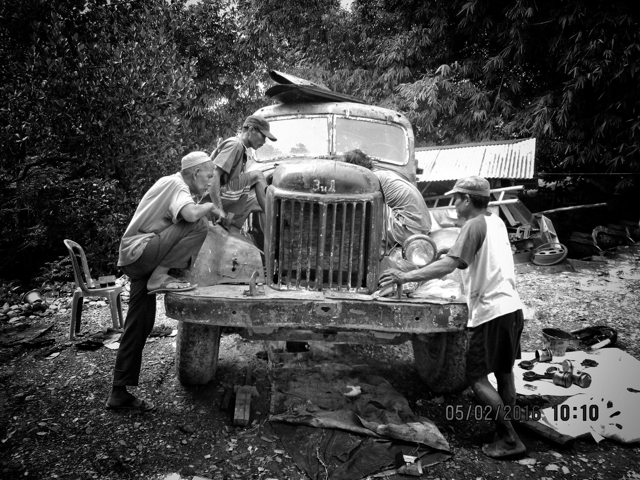 The Mechanic  by KangPermana