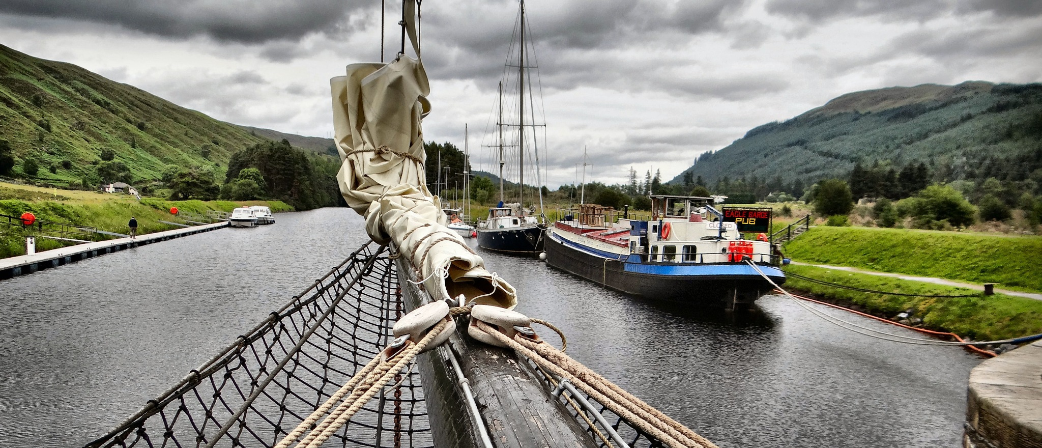 13 BIS - photos in Caledonia in search of the Loch Ness Monster by Mariano Arizzi Novelli