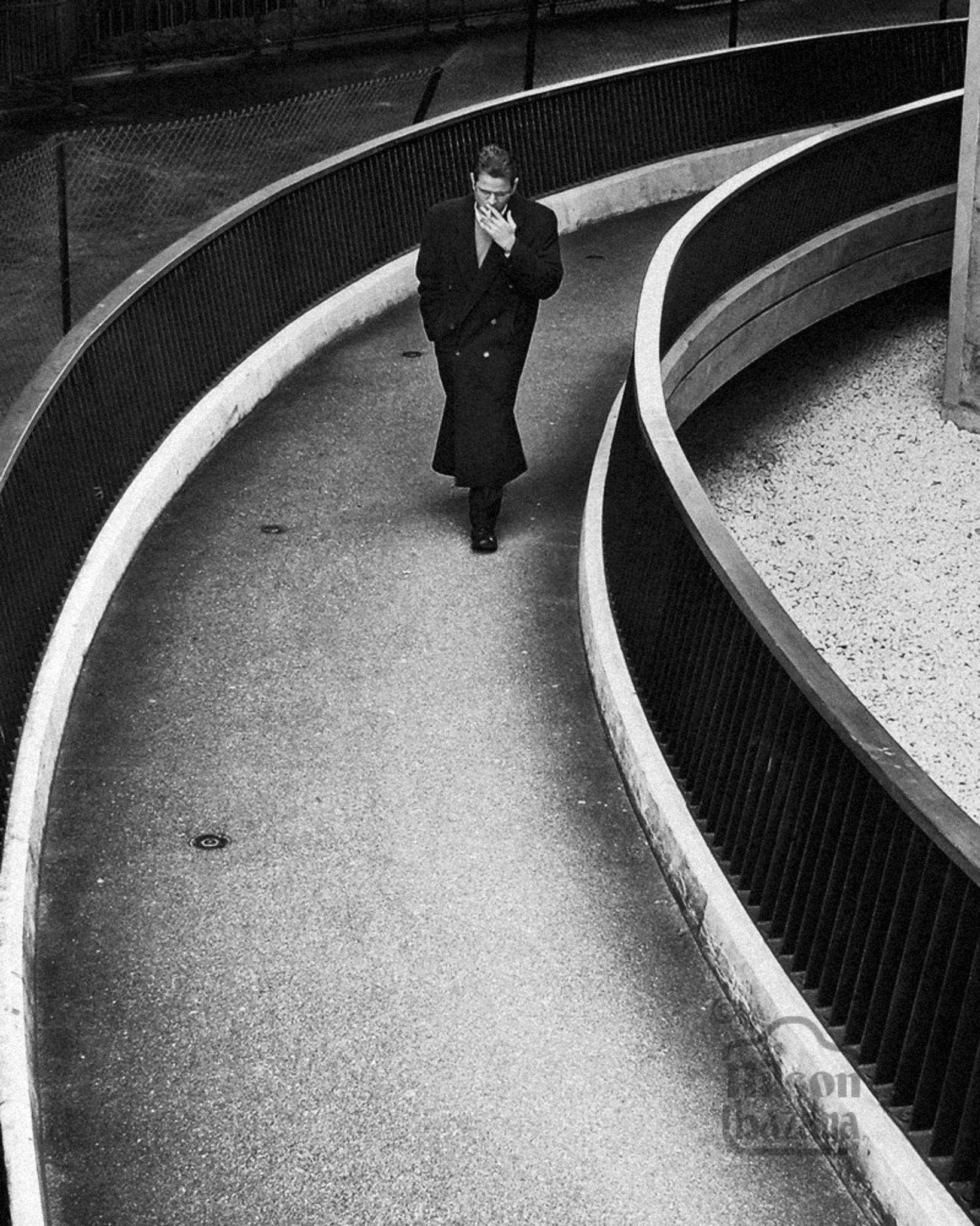 Noir London by Nilson Bazana