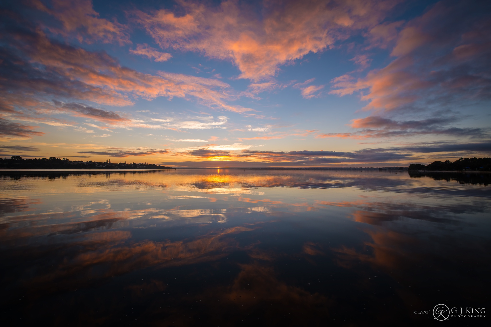Swan River Glass by gjkingphotography