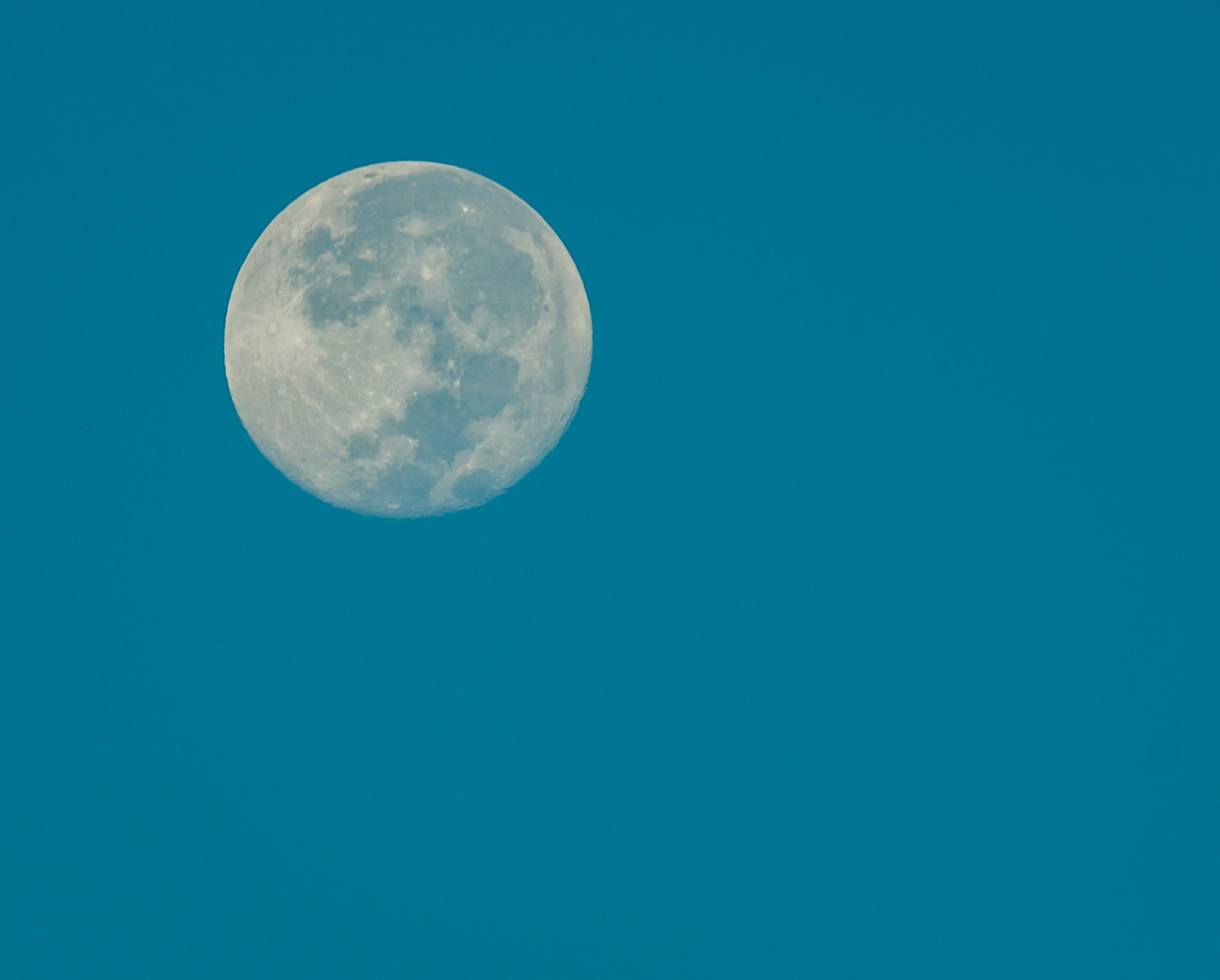 The Moon chase by Sunilkumar Ramachandran