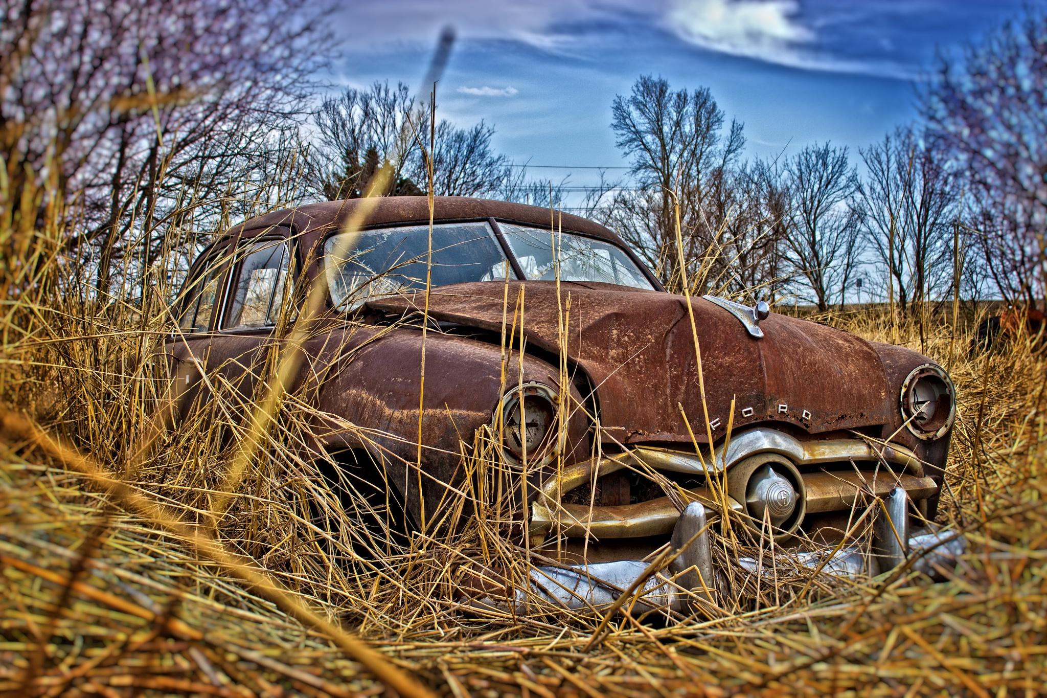 Rusty Ford by kraganderson