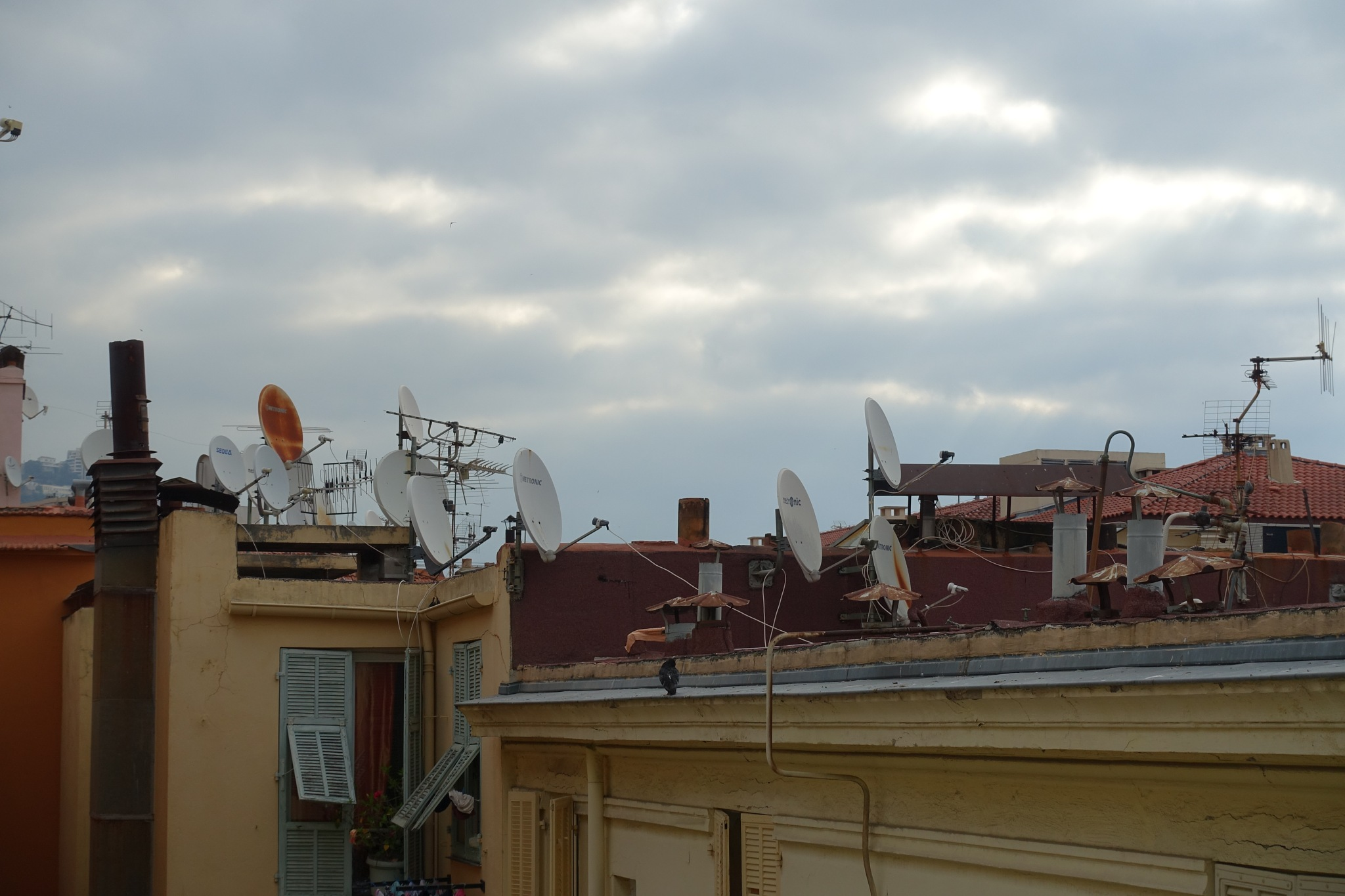 On the roofs of Beaulieu by Gabriele Tusnelde Haldemann