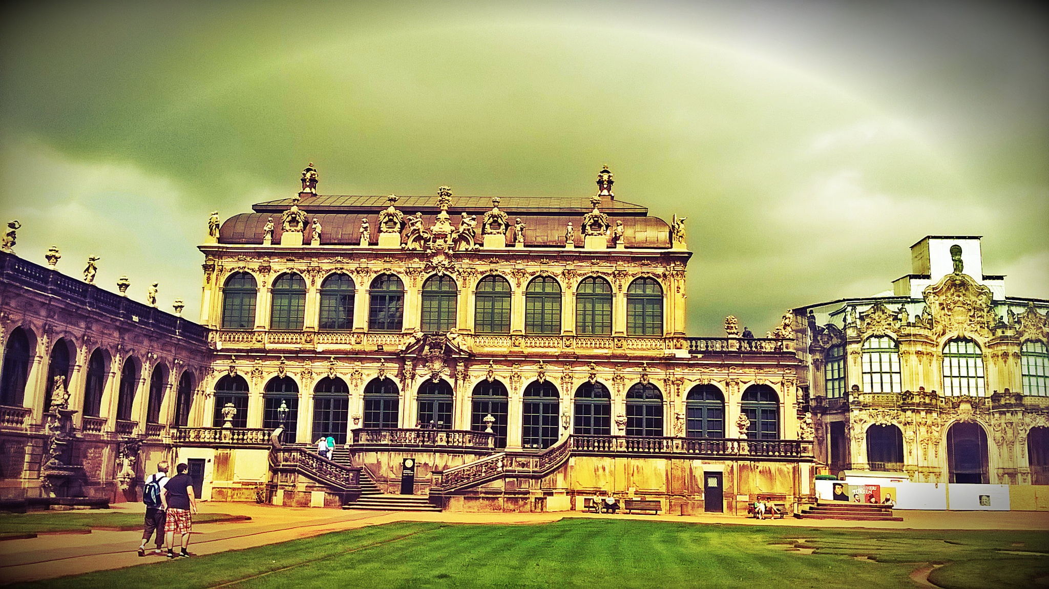 Zwinger castle by Autumn Leaves