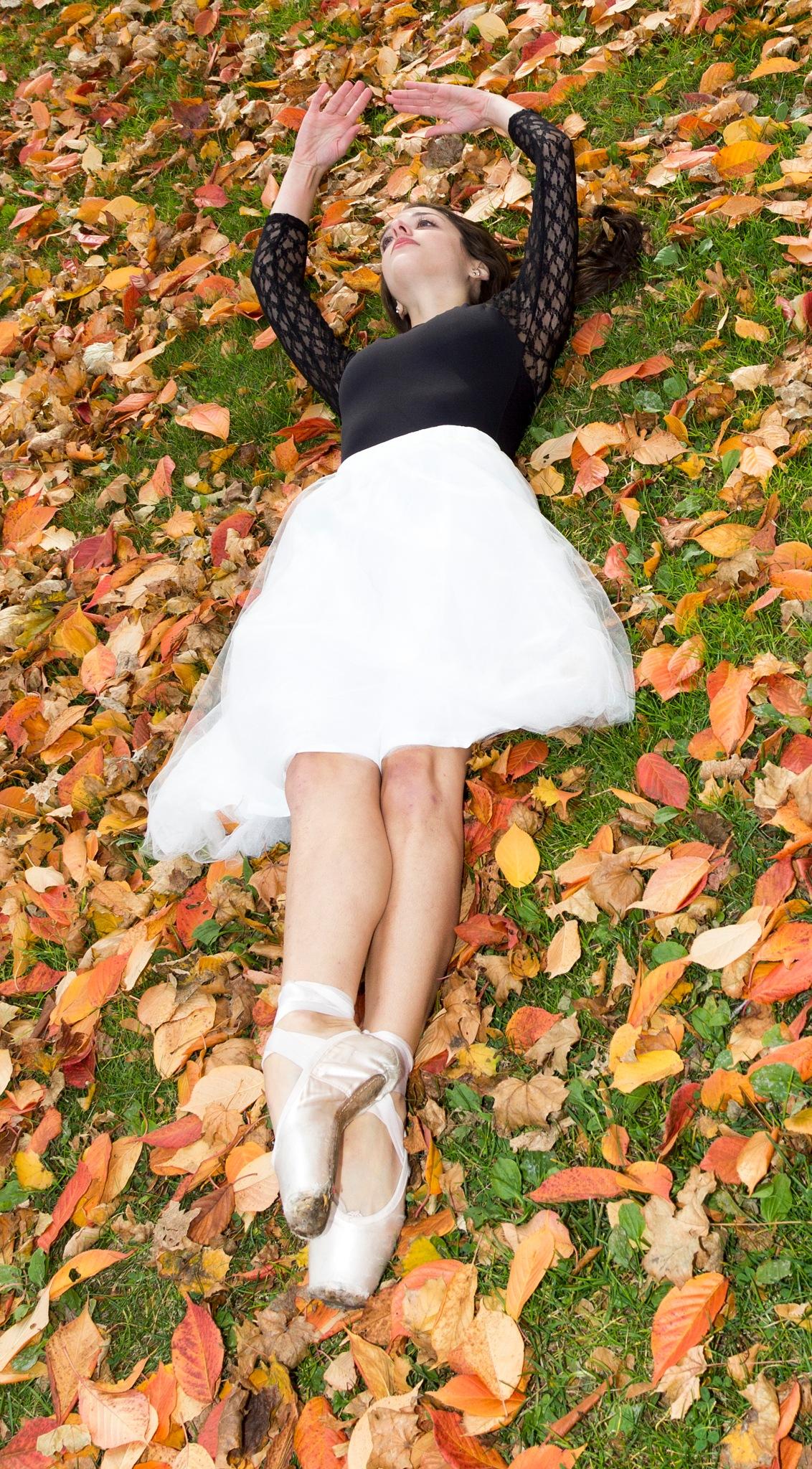 Emma , Autumn Shoot by Daniel Buchbinder
