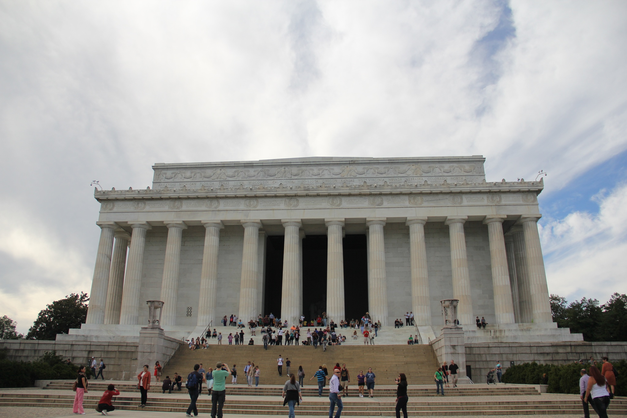 Lincoln Memorial by Daniel Buchbinder
