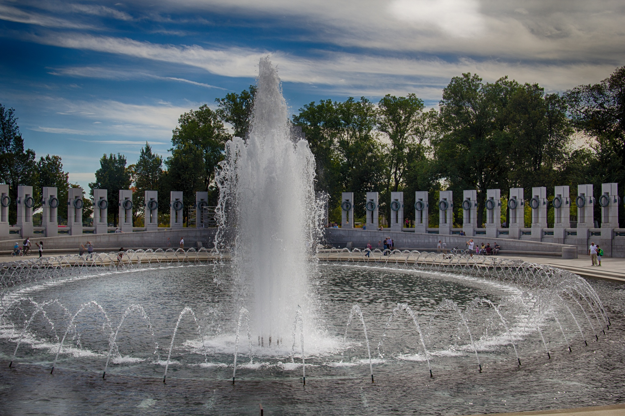 World War Memorial DC, HDR by Daniel Buchbinder