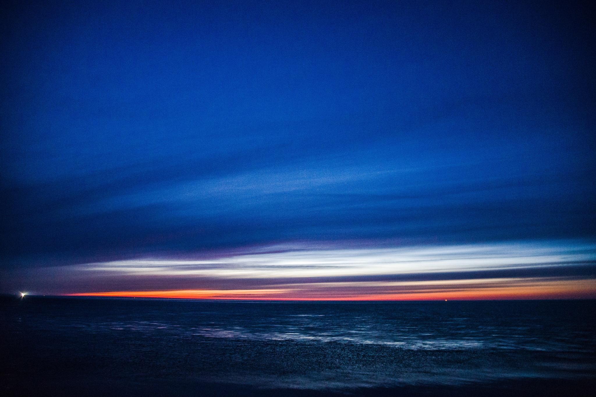 Ocean sunset by Chrisleblanc
