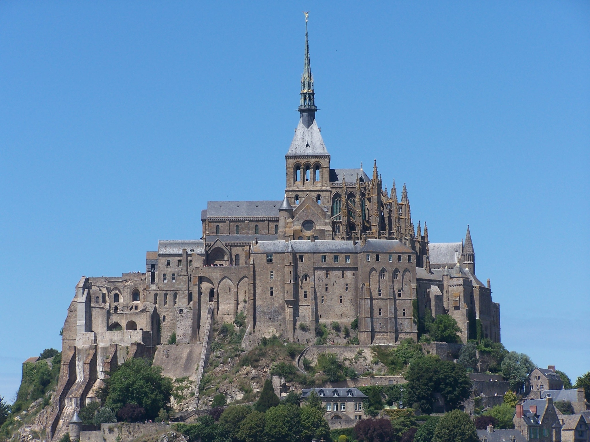 Mont Saint Michel by ElenaSfargeri