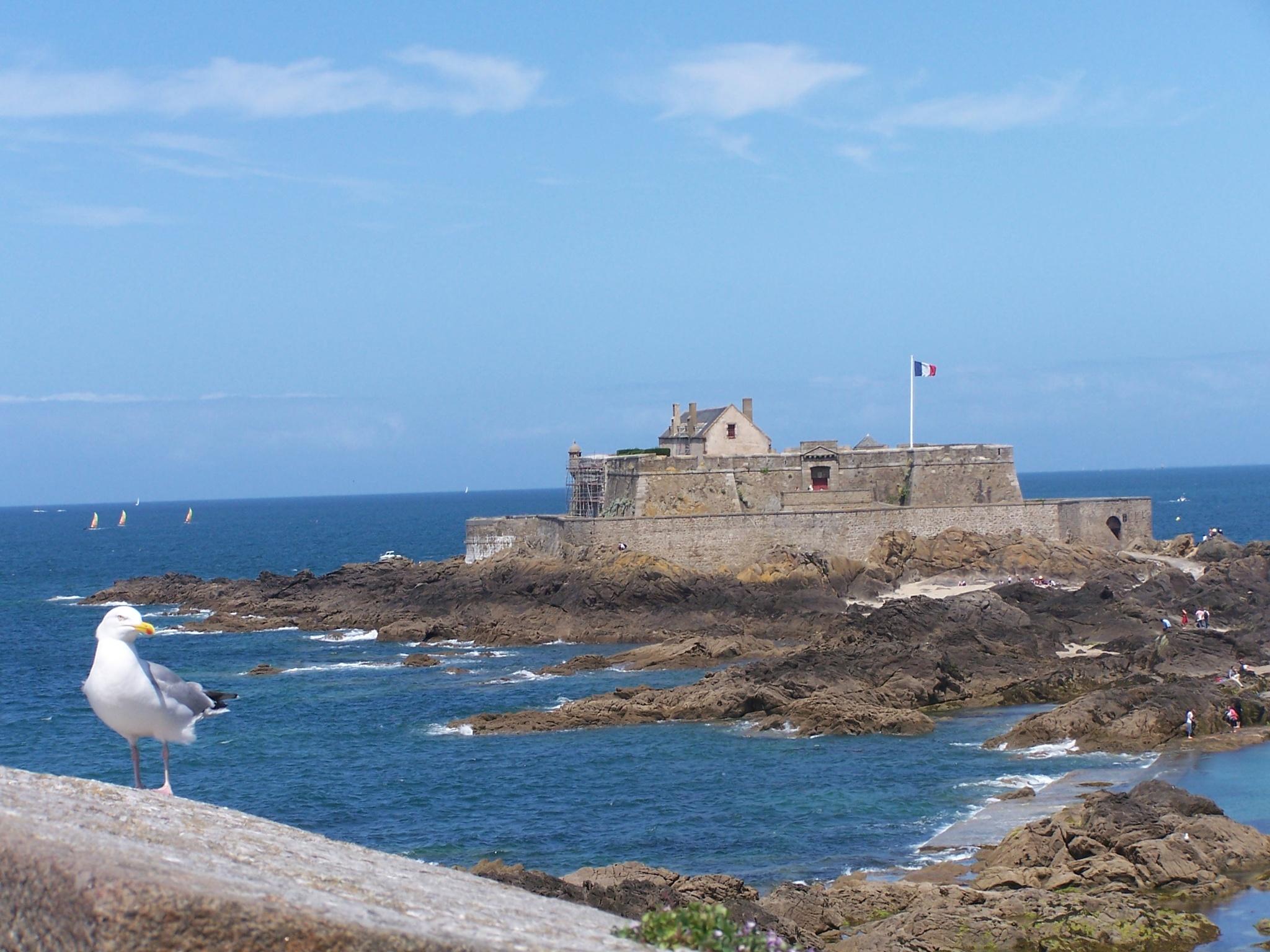 Saint Malo by ElenaSfargeri