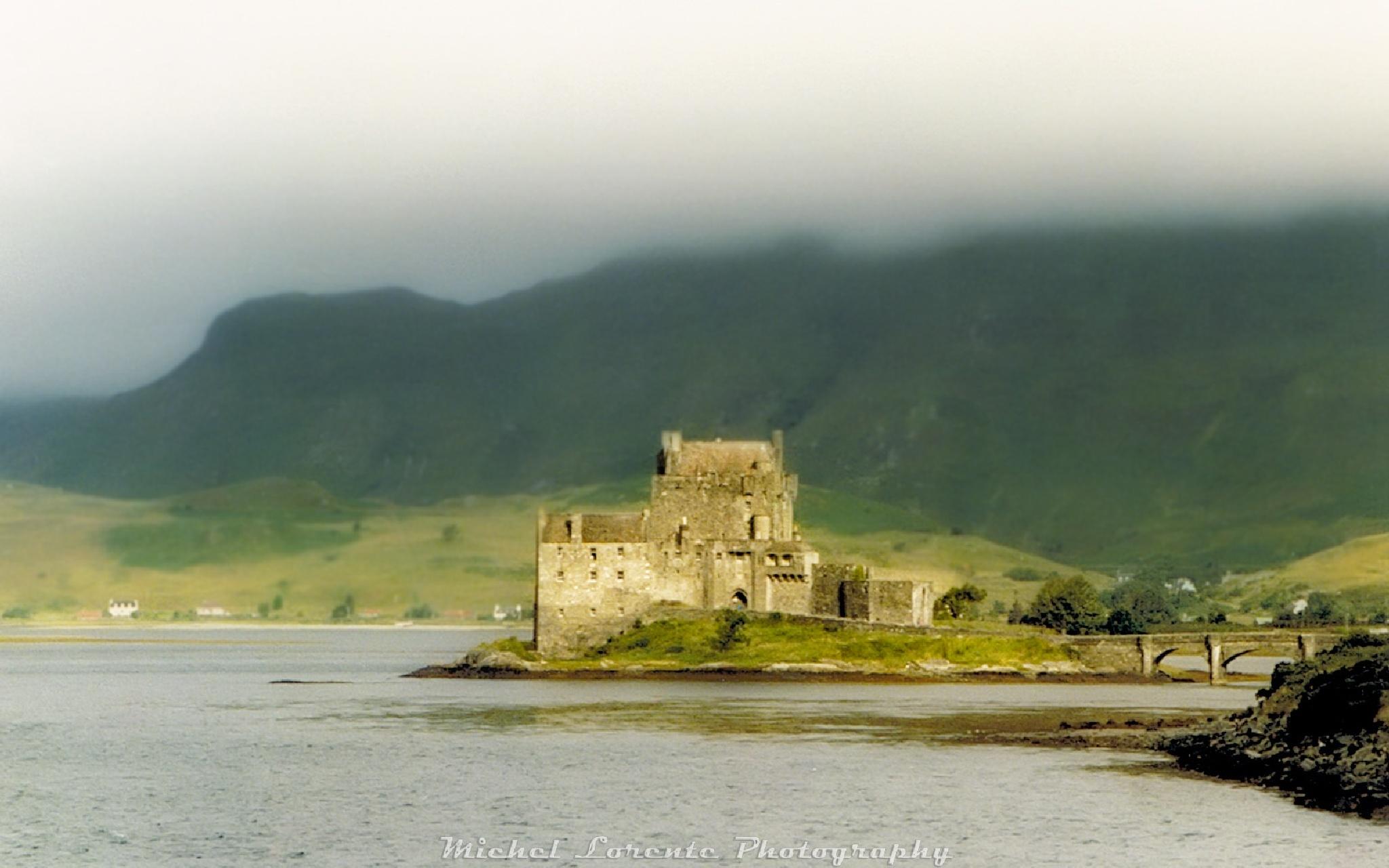 Eilean Donan, Scotland by Milore