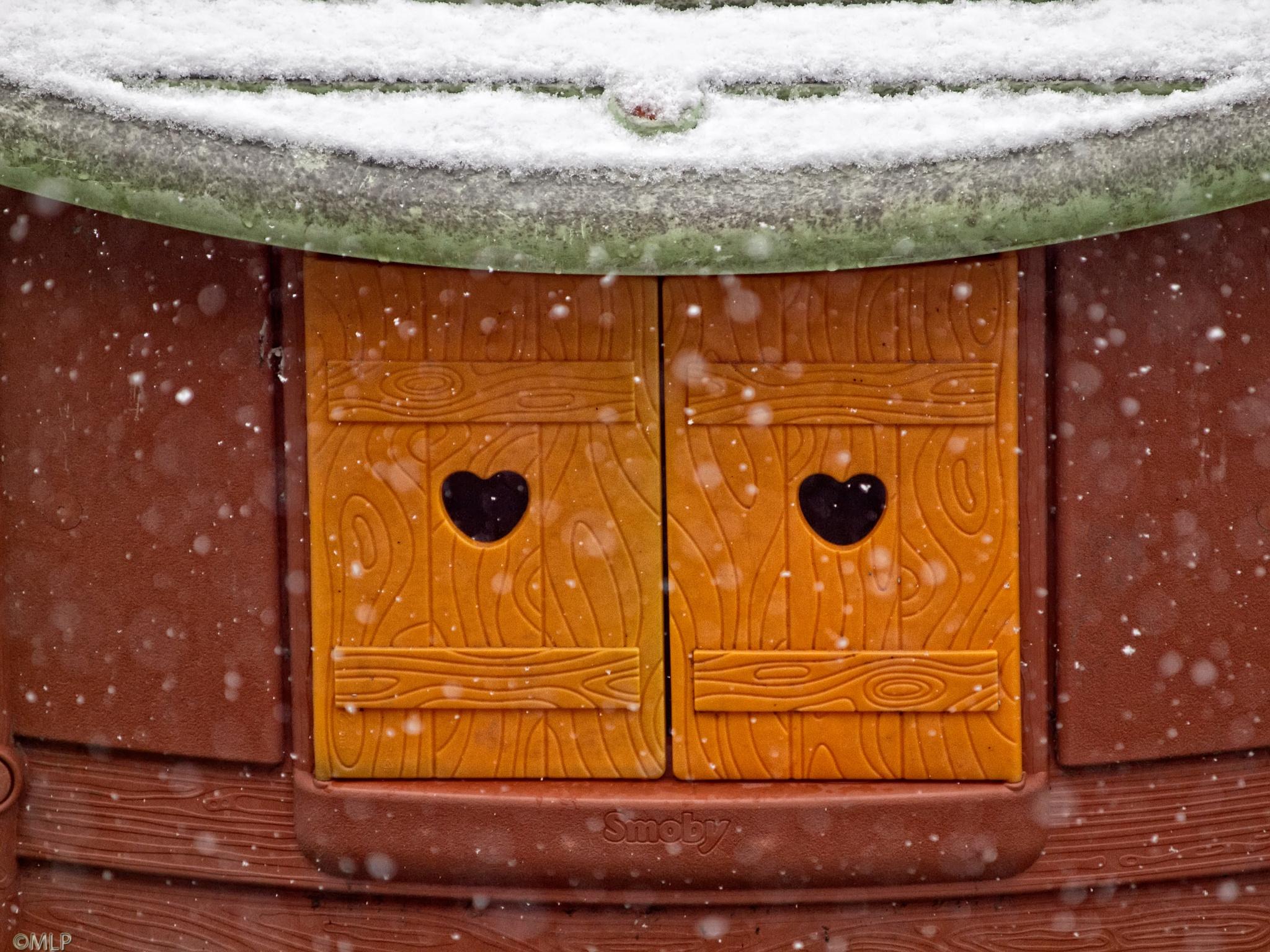Frozen hearts by Milore