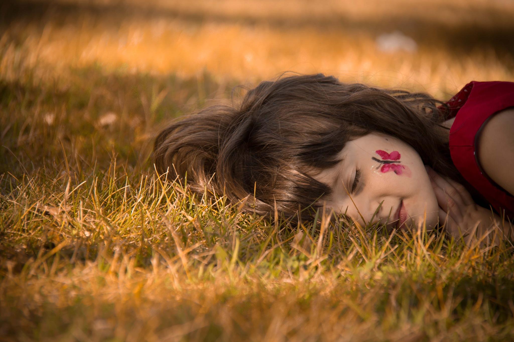 Summer by Sabrina Gomes