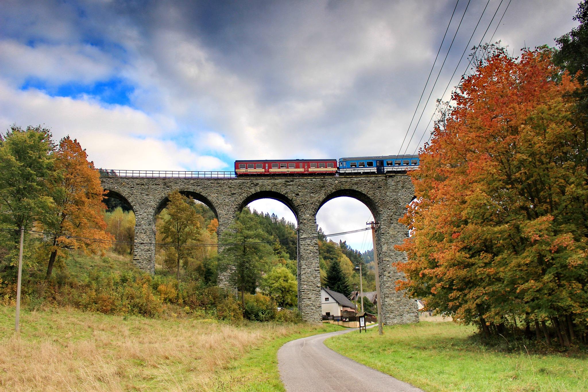 Viaduct of Novina by Petr Poláček