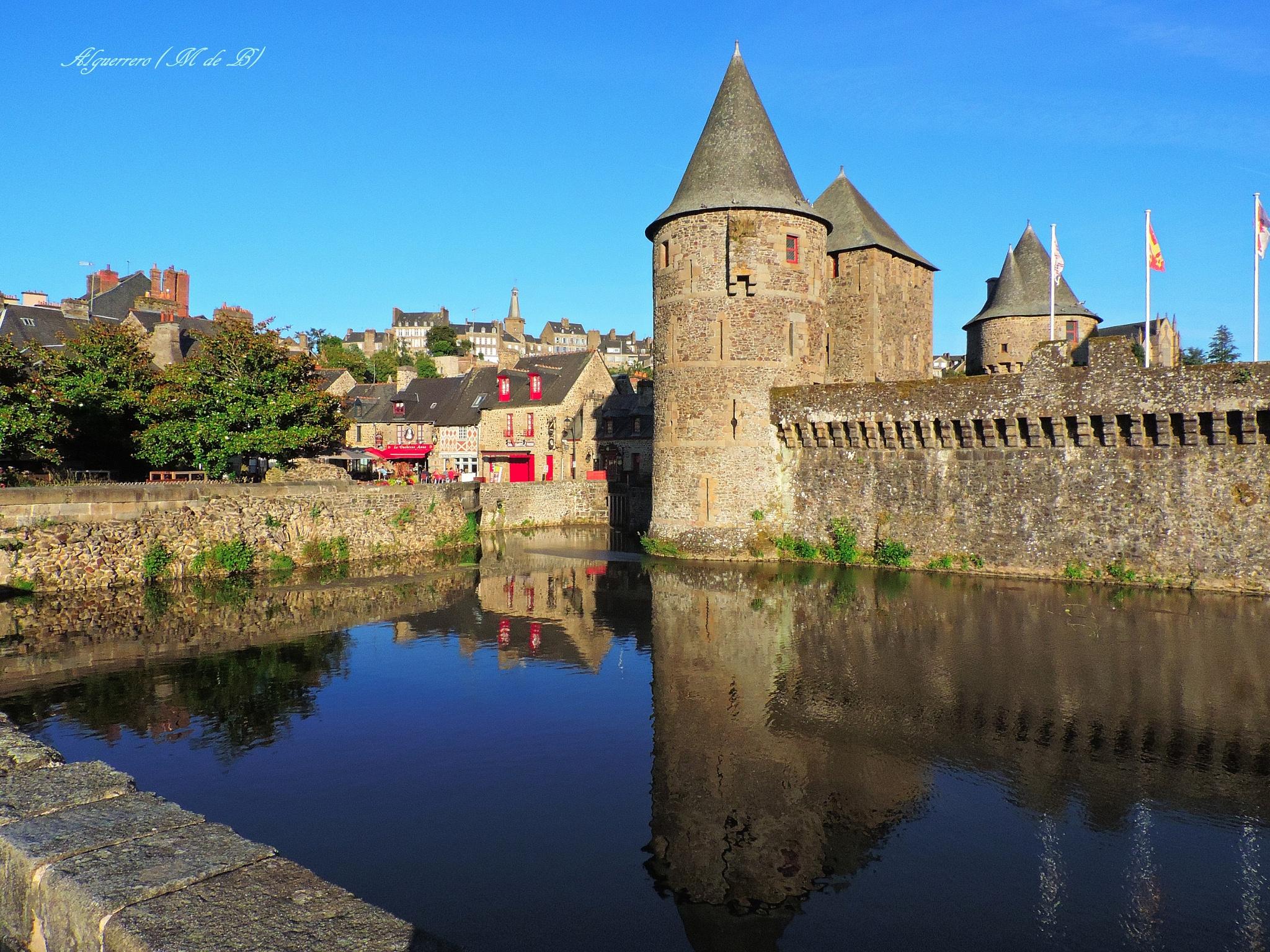 Castillo medieval. (Medieval Castle) by Angel L. Guerrero.