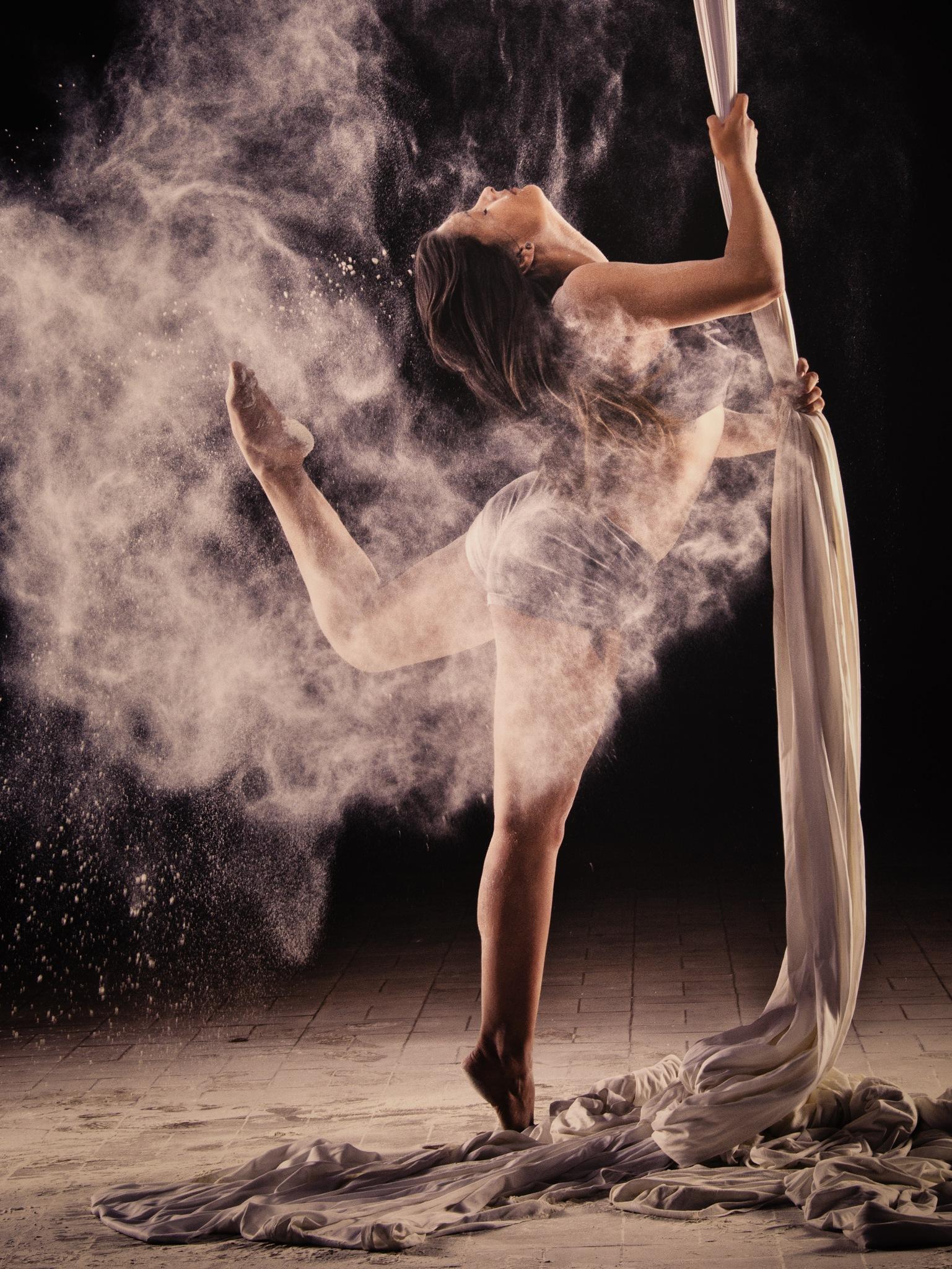 Acrobatics by Y-Photography