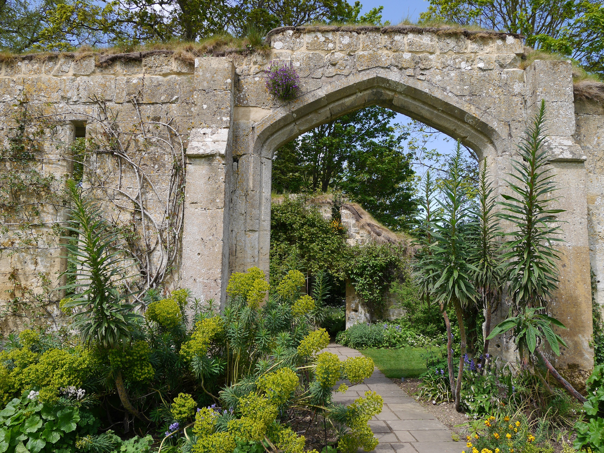 Gateways to gardens by Stuart51