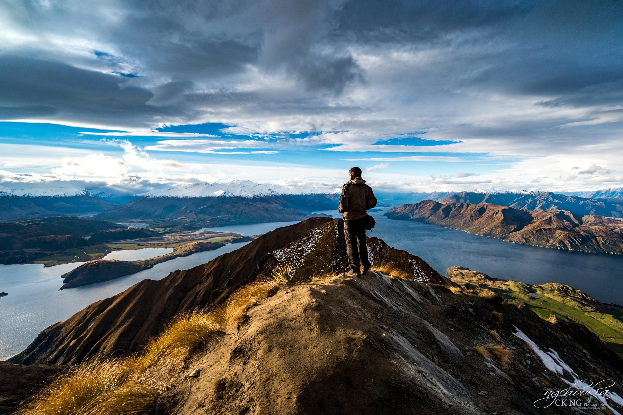Roys Peak II Wanaka-New Zealand  by chookia