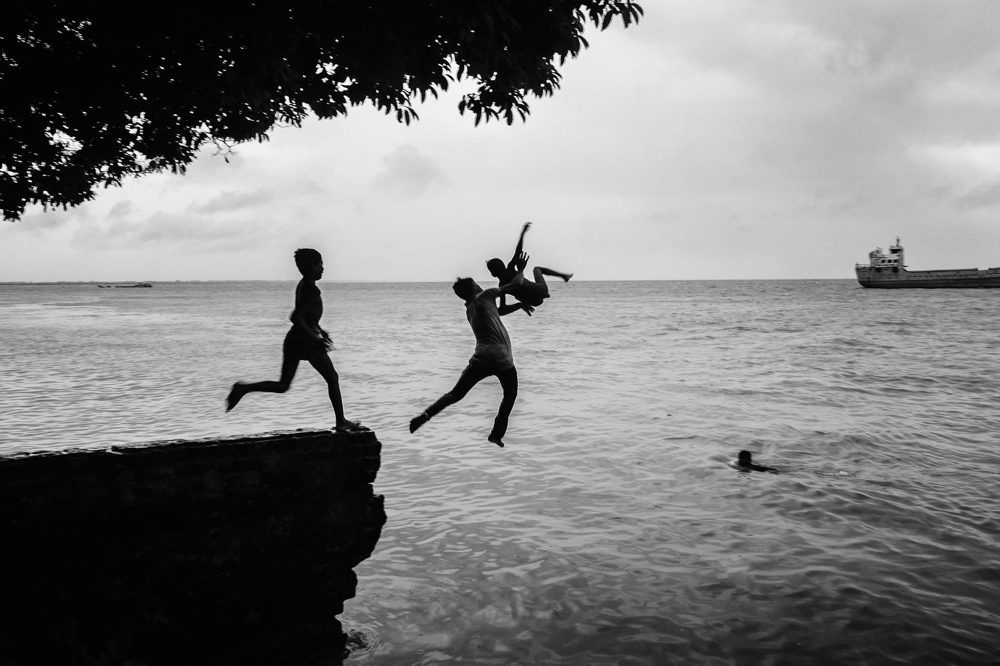 Having Fun by SaiMon HosSain