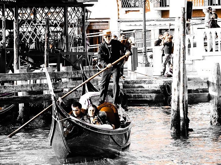 the venetian gondolier by Piterz