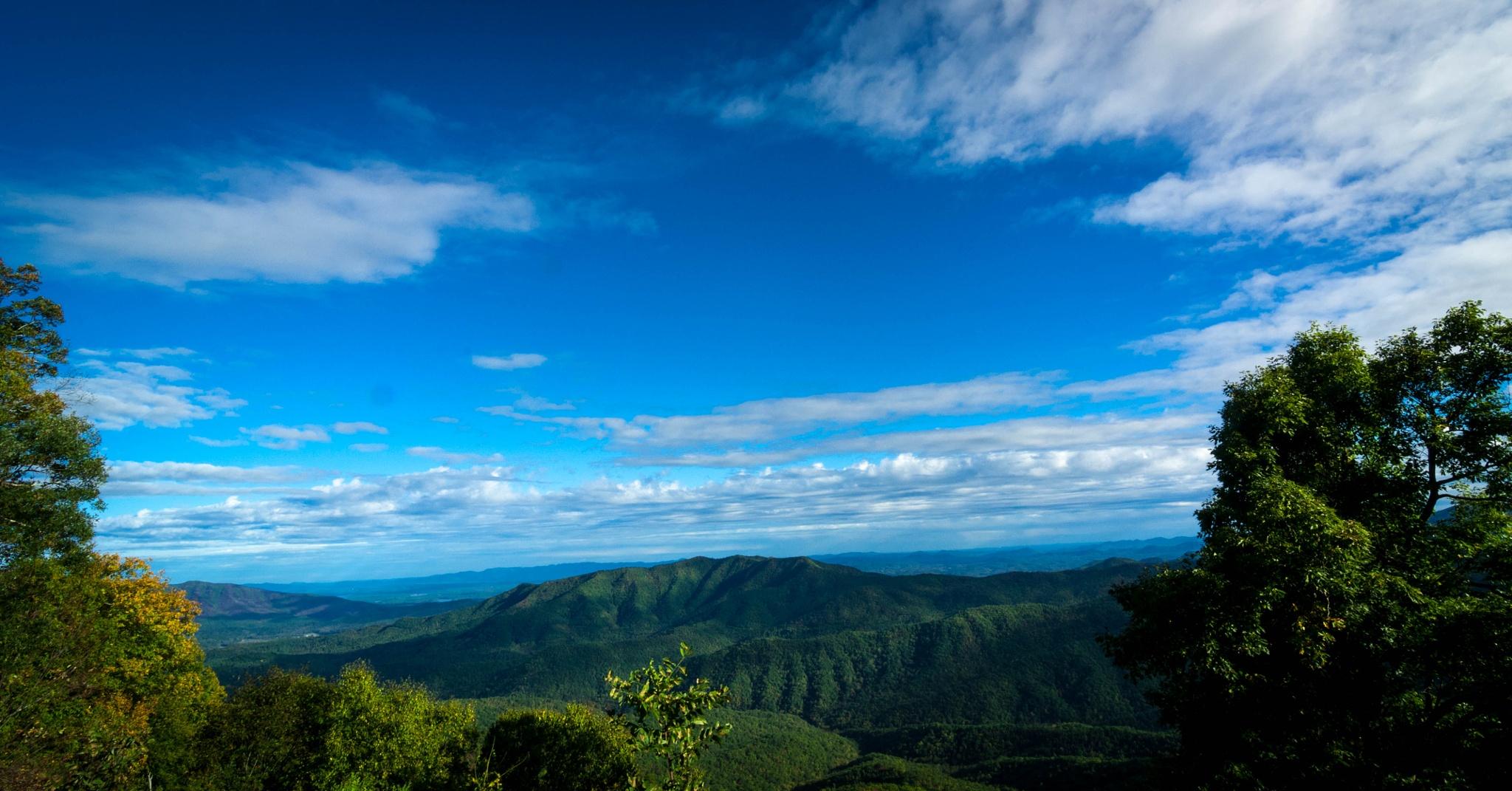 Blue Ridge Mountians  by Multistrada