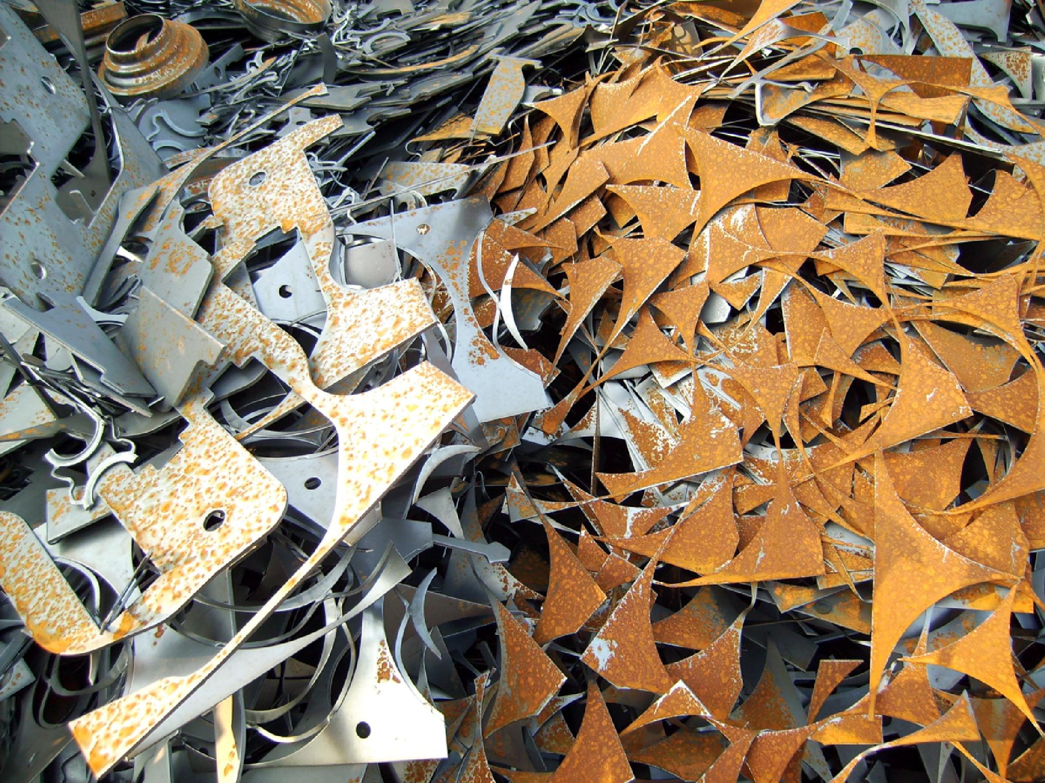 Cutting waste by Barbara Bumm