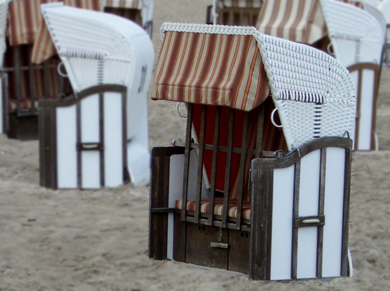 Beach memories by Barbara Bumm