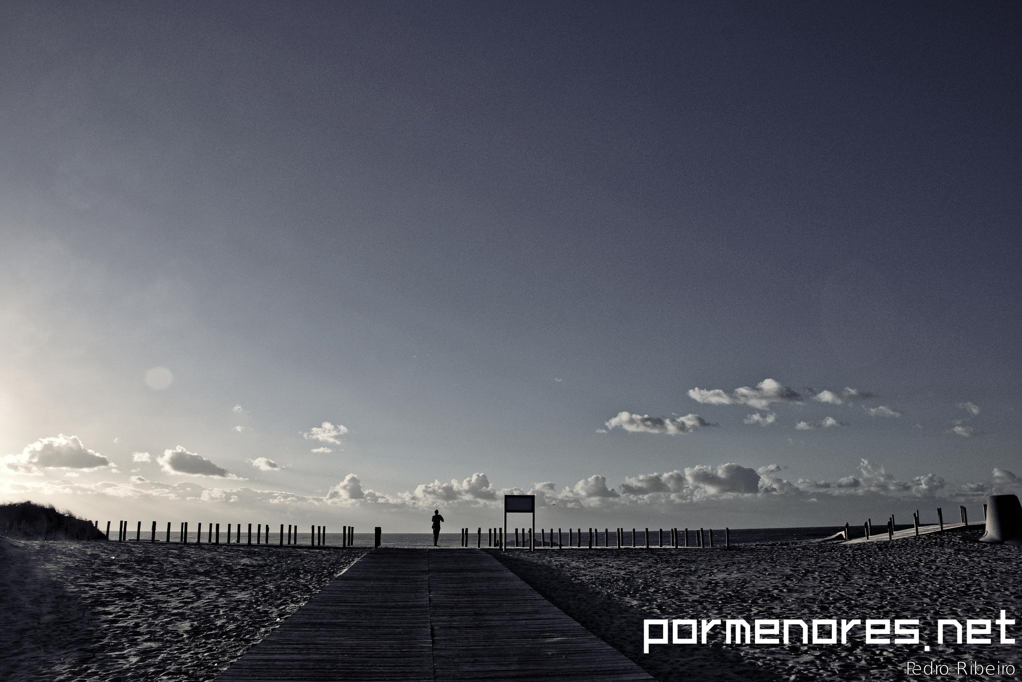 Beach in Winter by pormenores_net