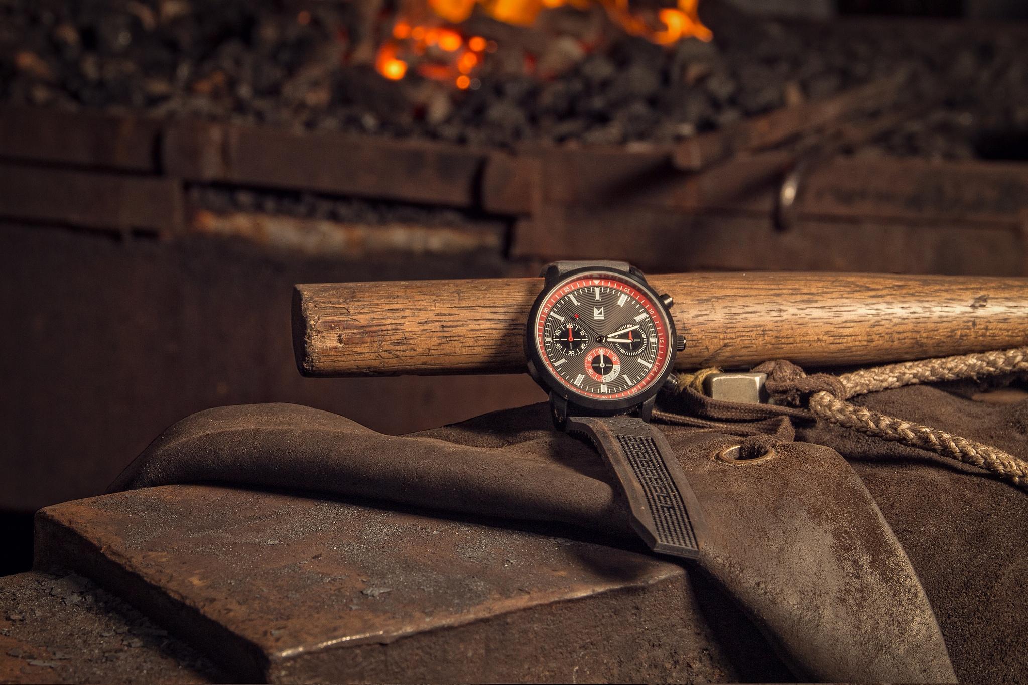 Hephaestus's watch by Elvar Sigurgeirsson