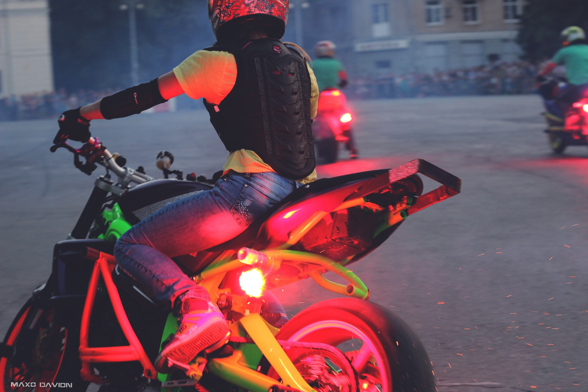 Stunt Moto Show by Maxo Davion