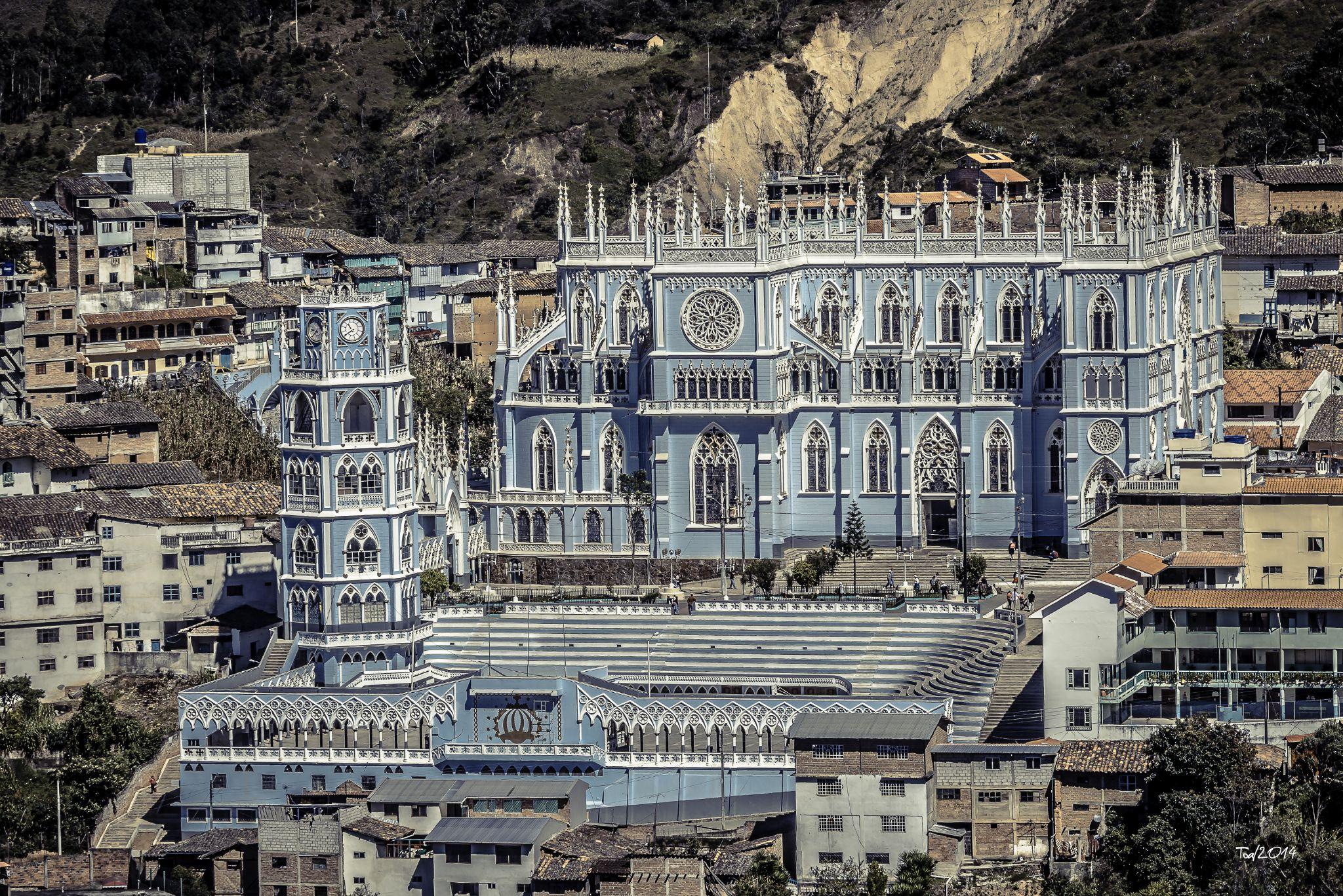 Basilica del Cisne by Edison Toapanta