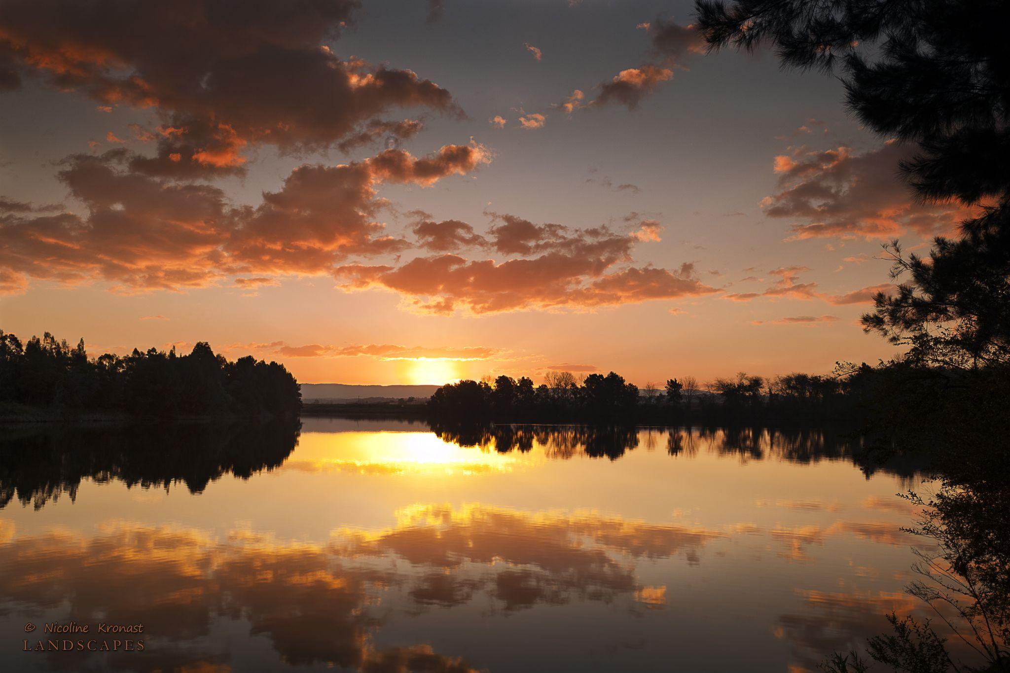 Windsor Sunset by nicolinekronast