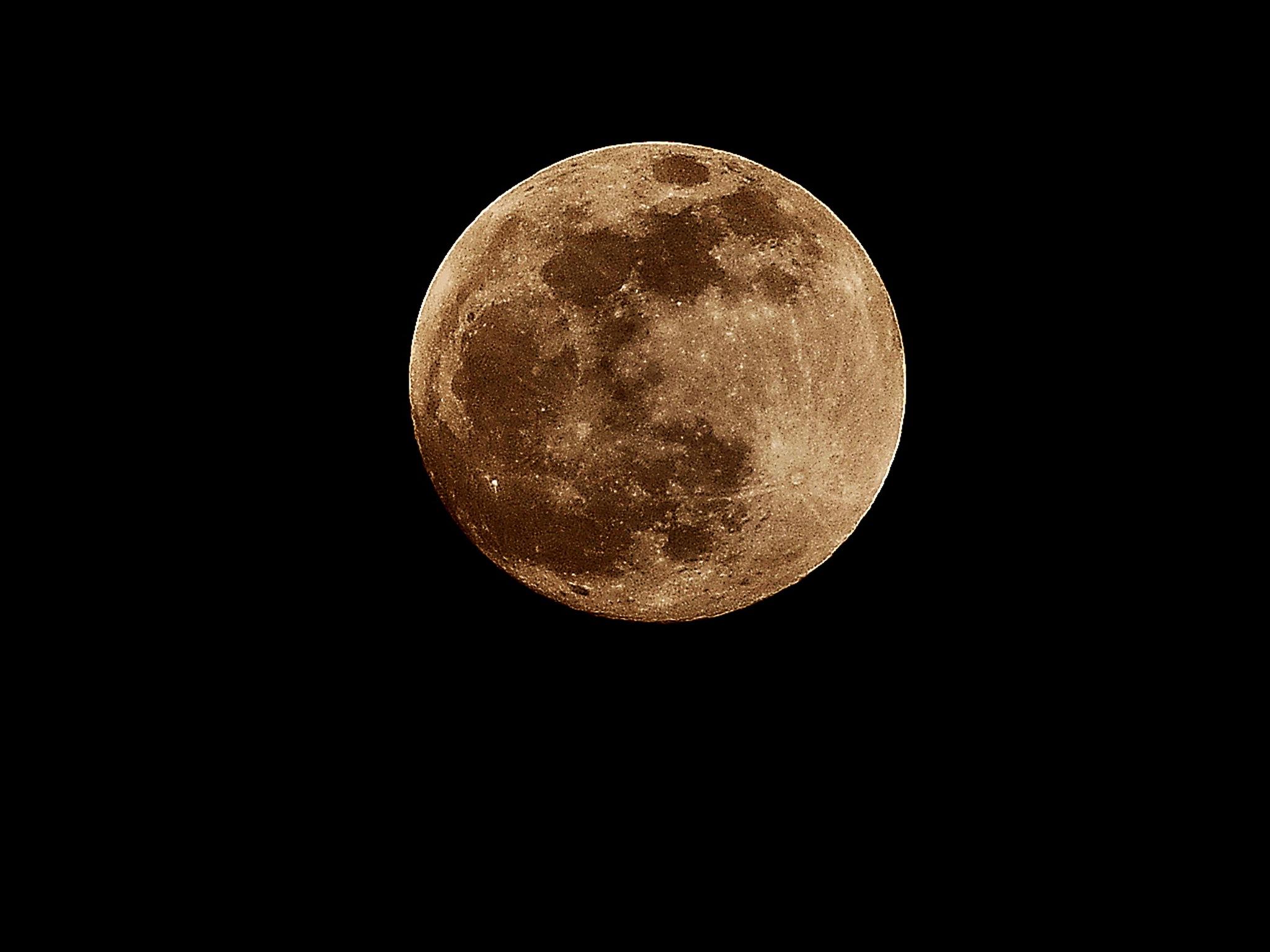 full moon  by ahmeD aDel