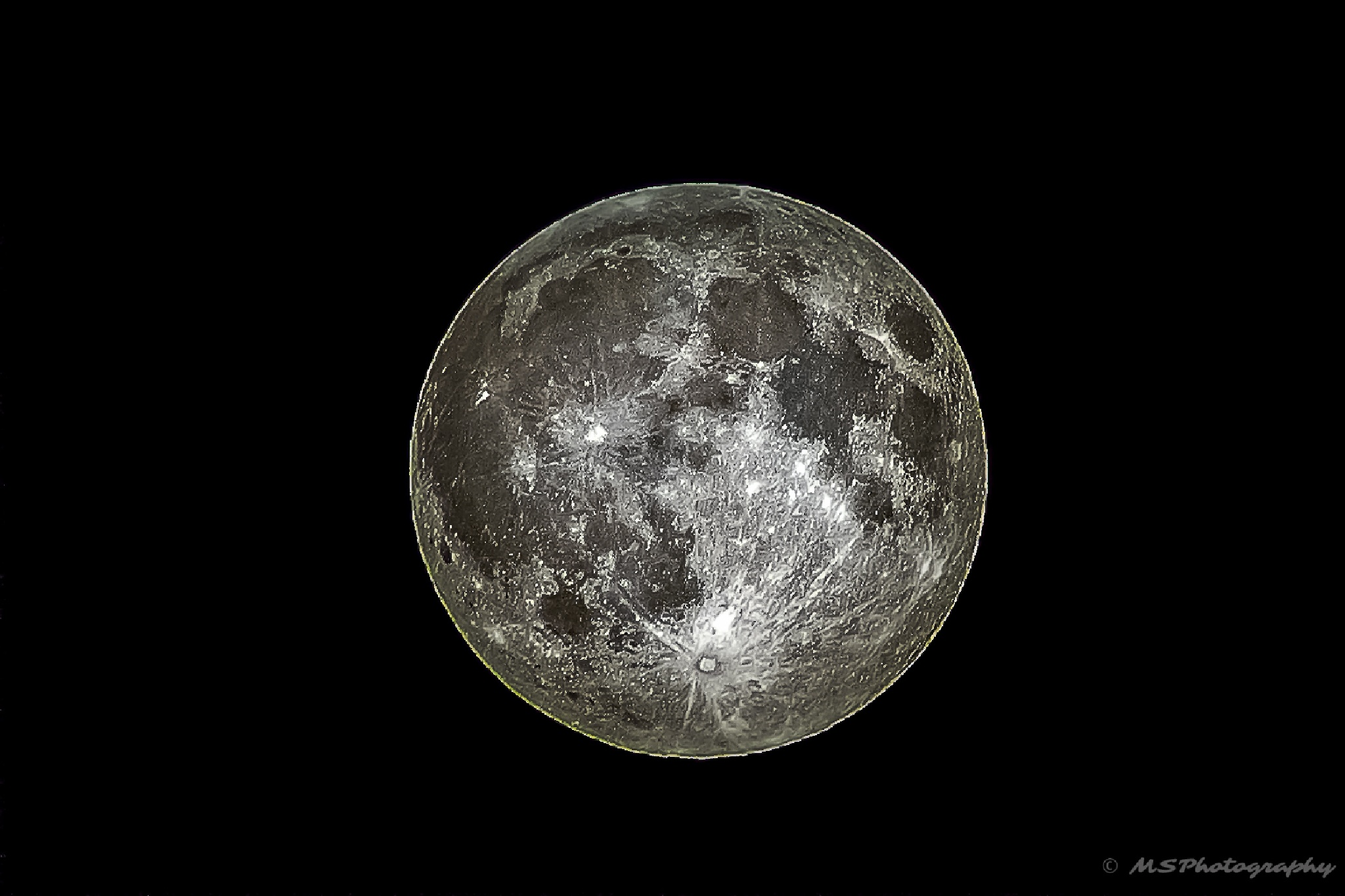Full Moon by Martin Schunack