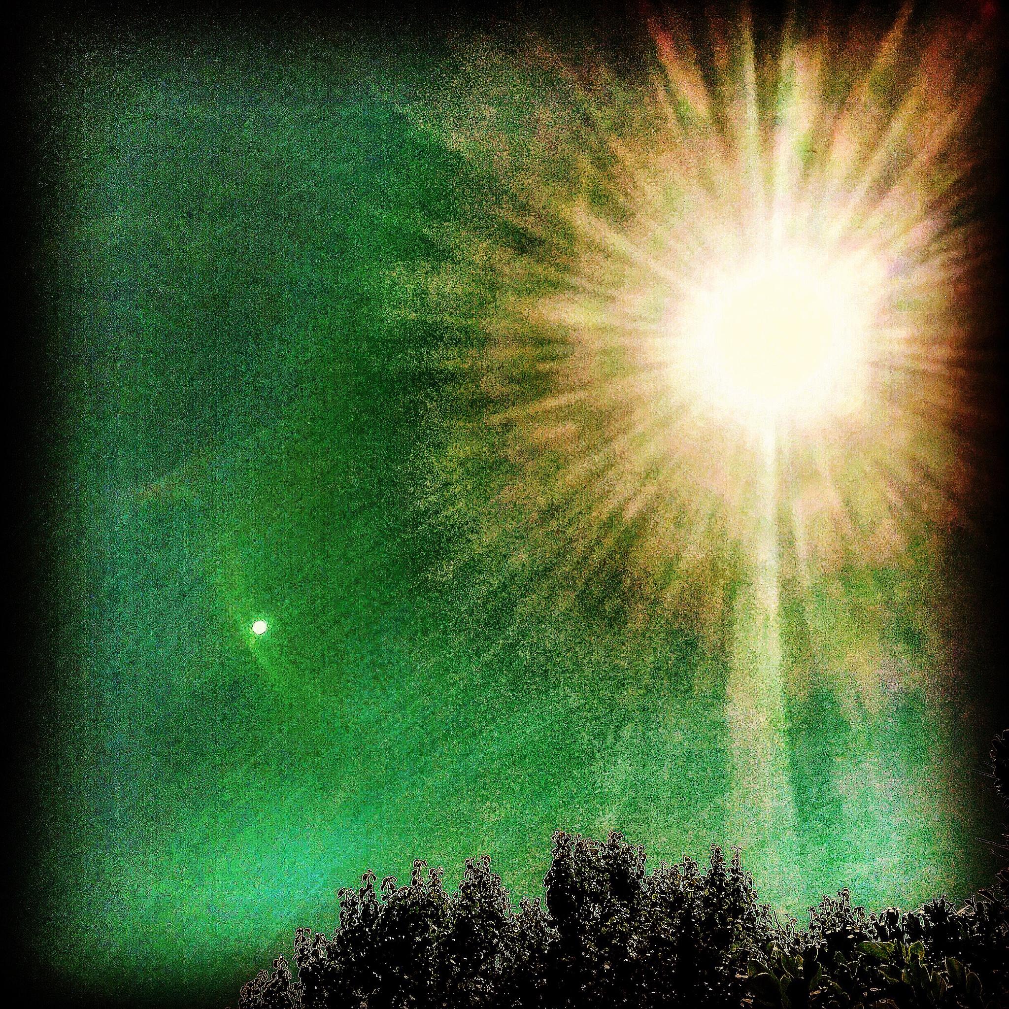 The green star by Royal Vape 111 photos on FB/royalvapenola.com