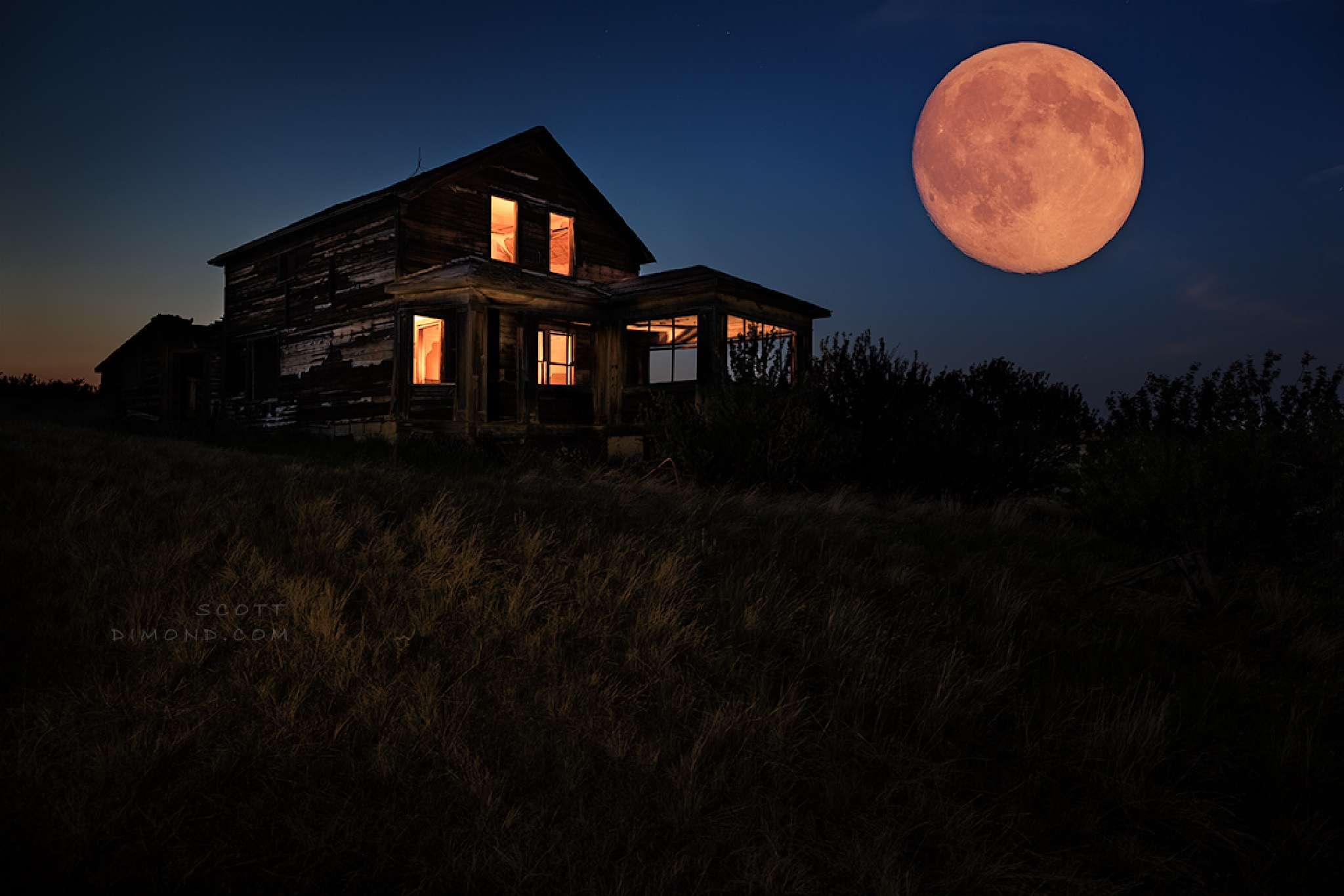 Full Moon Abandonment by GemstoneImages