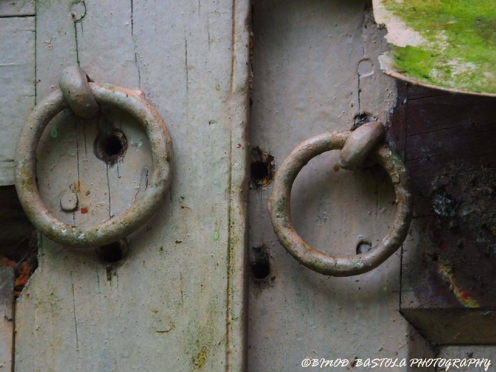 hanging without lock by binod bastola
