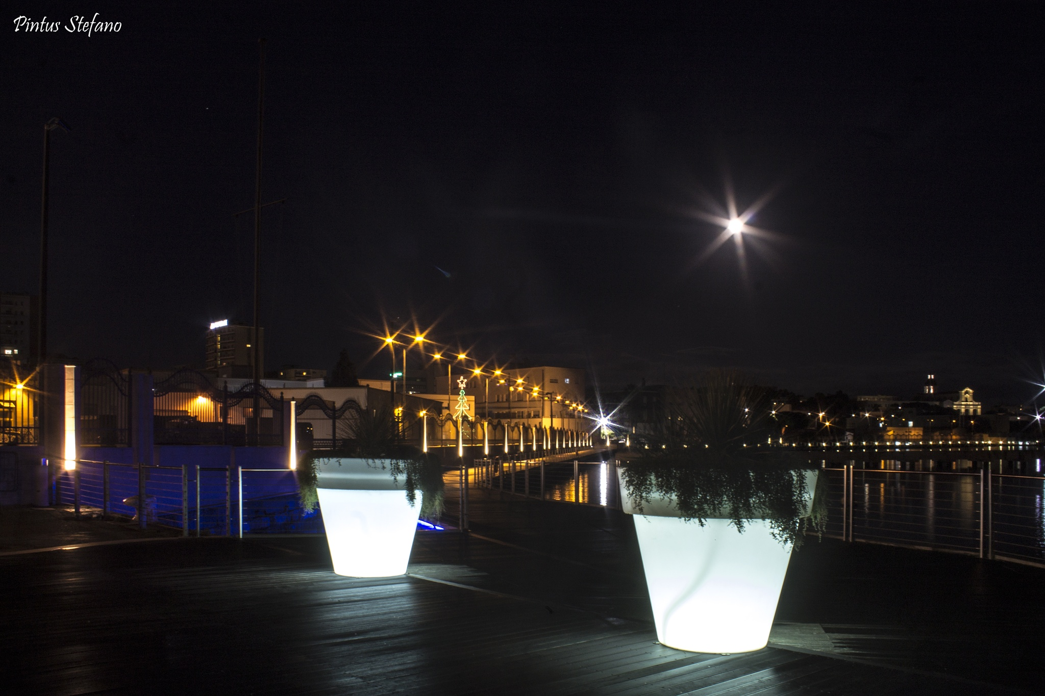 Notturno a Cagliari by pintusstefano