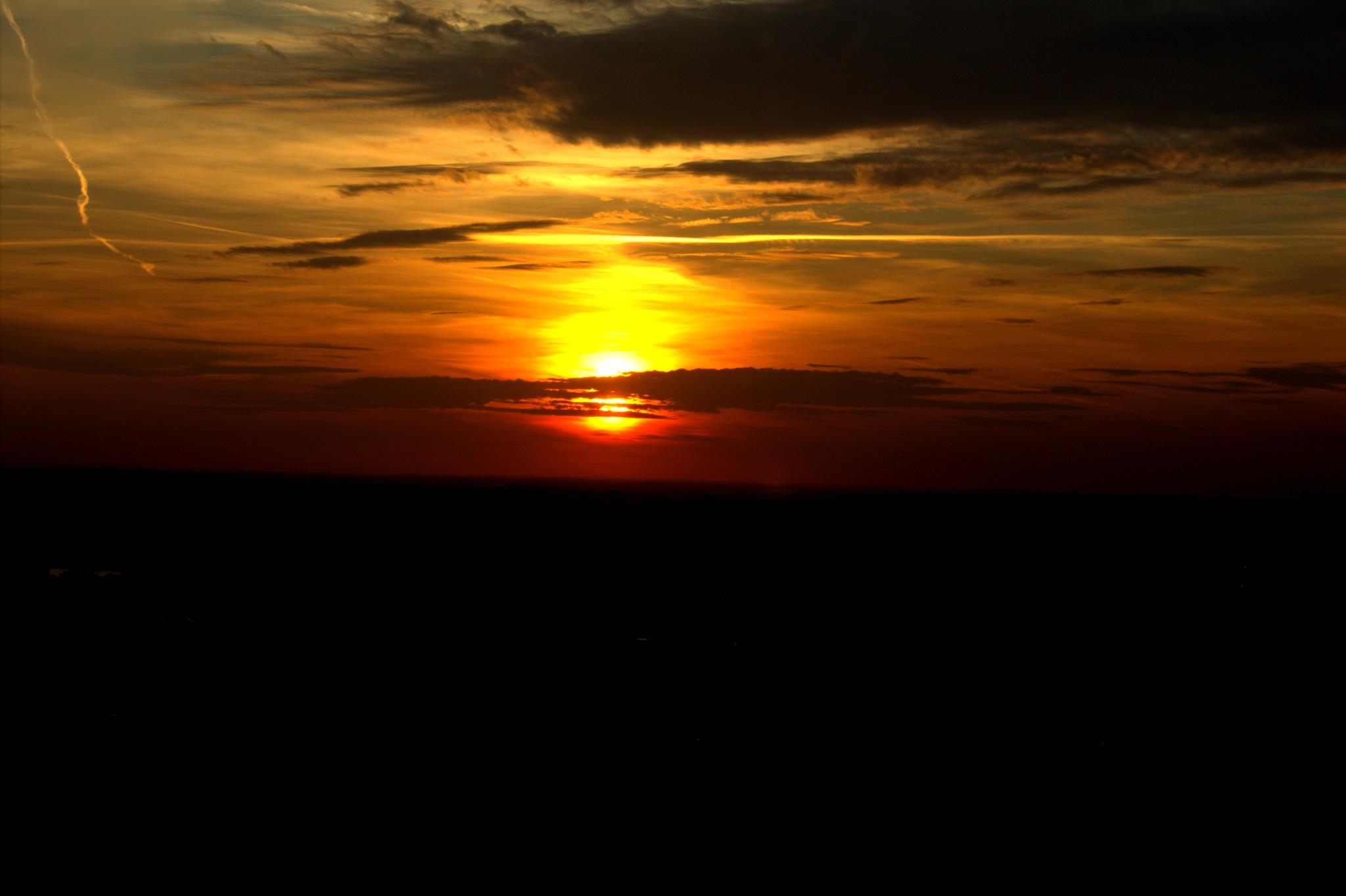 sunset by Sudhir Saraf