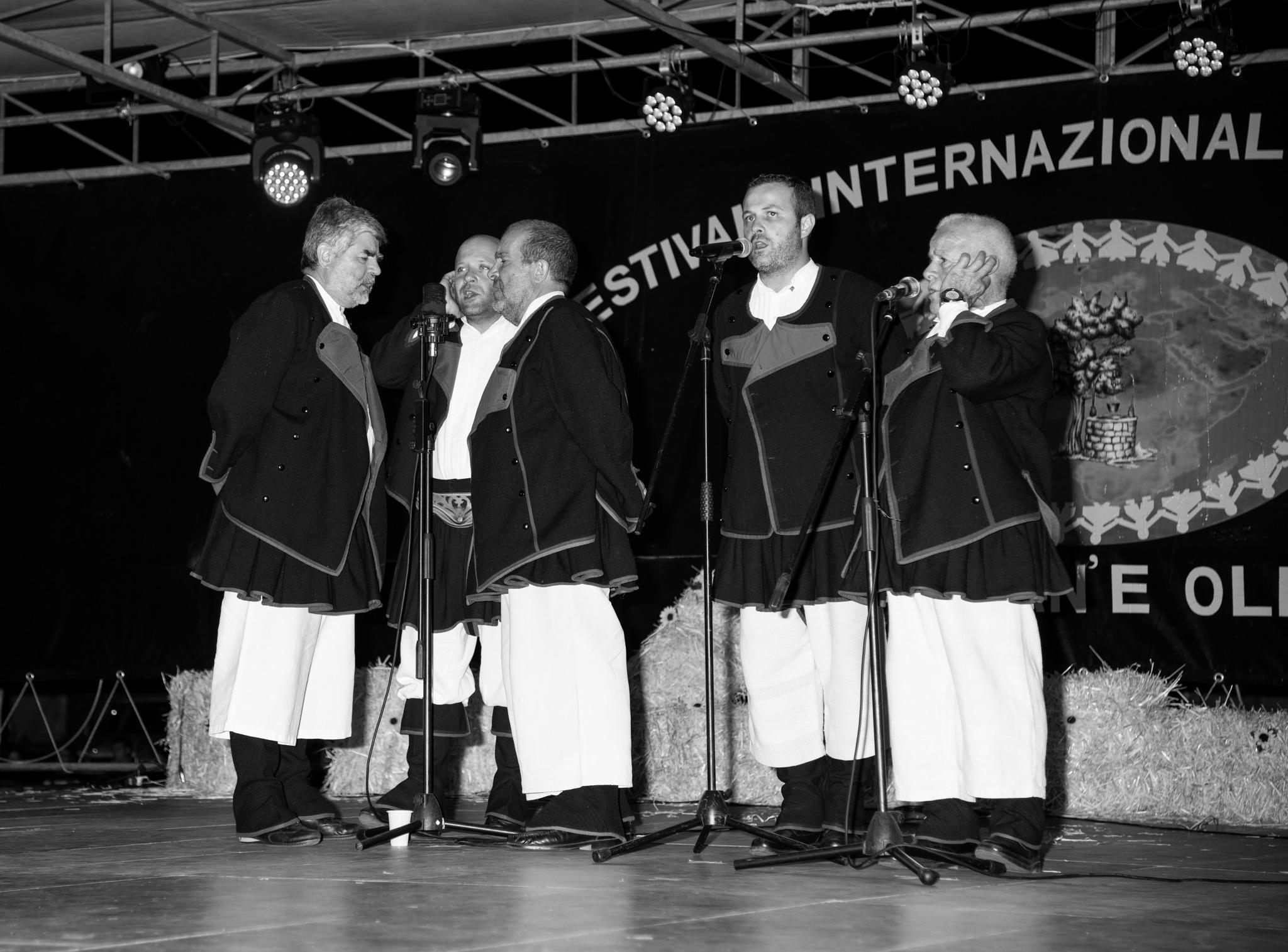 Tenores di Neoneli (Sardegna) by corvonero