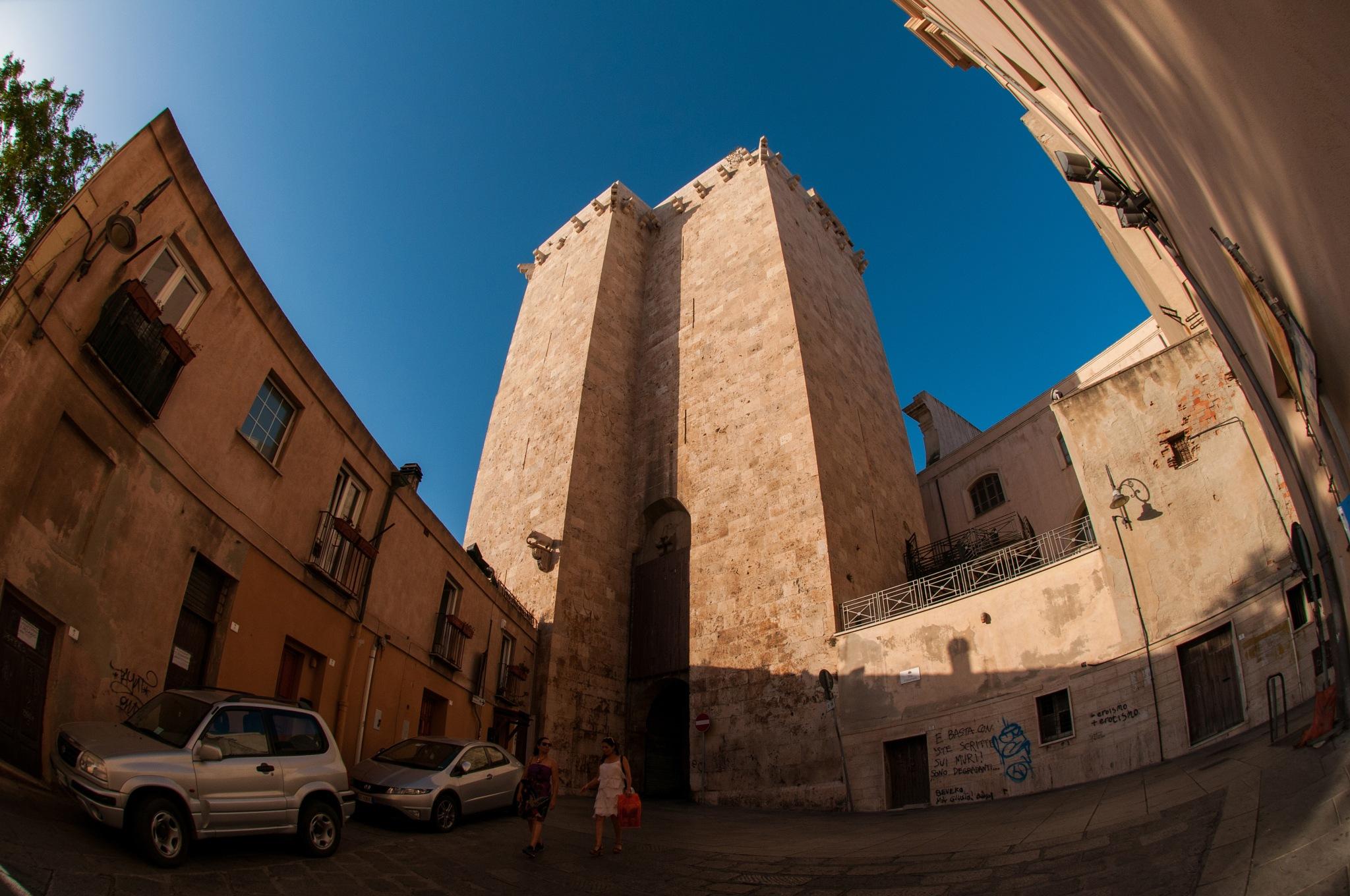 Torre dell'Elefante  (Cagliari) by corvonero