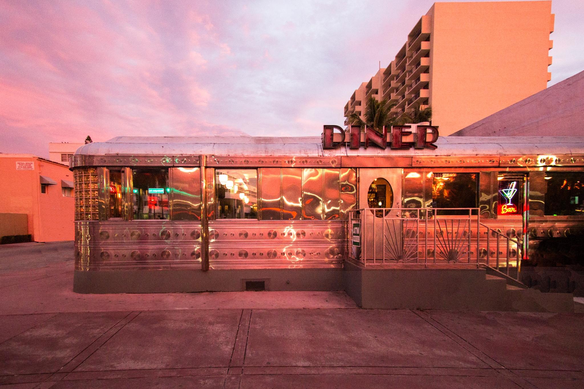 11th Street Diner by pkastan