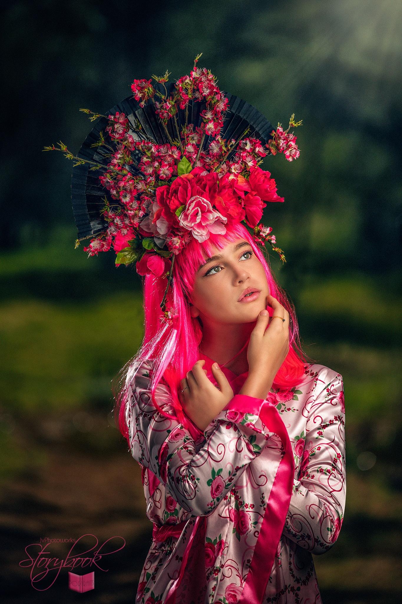 ピンク芸者(Pink Geisha) by Javier Vazquez