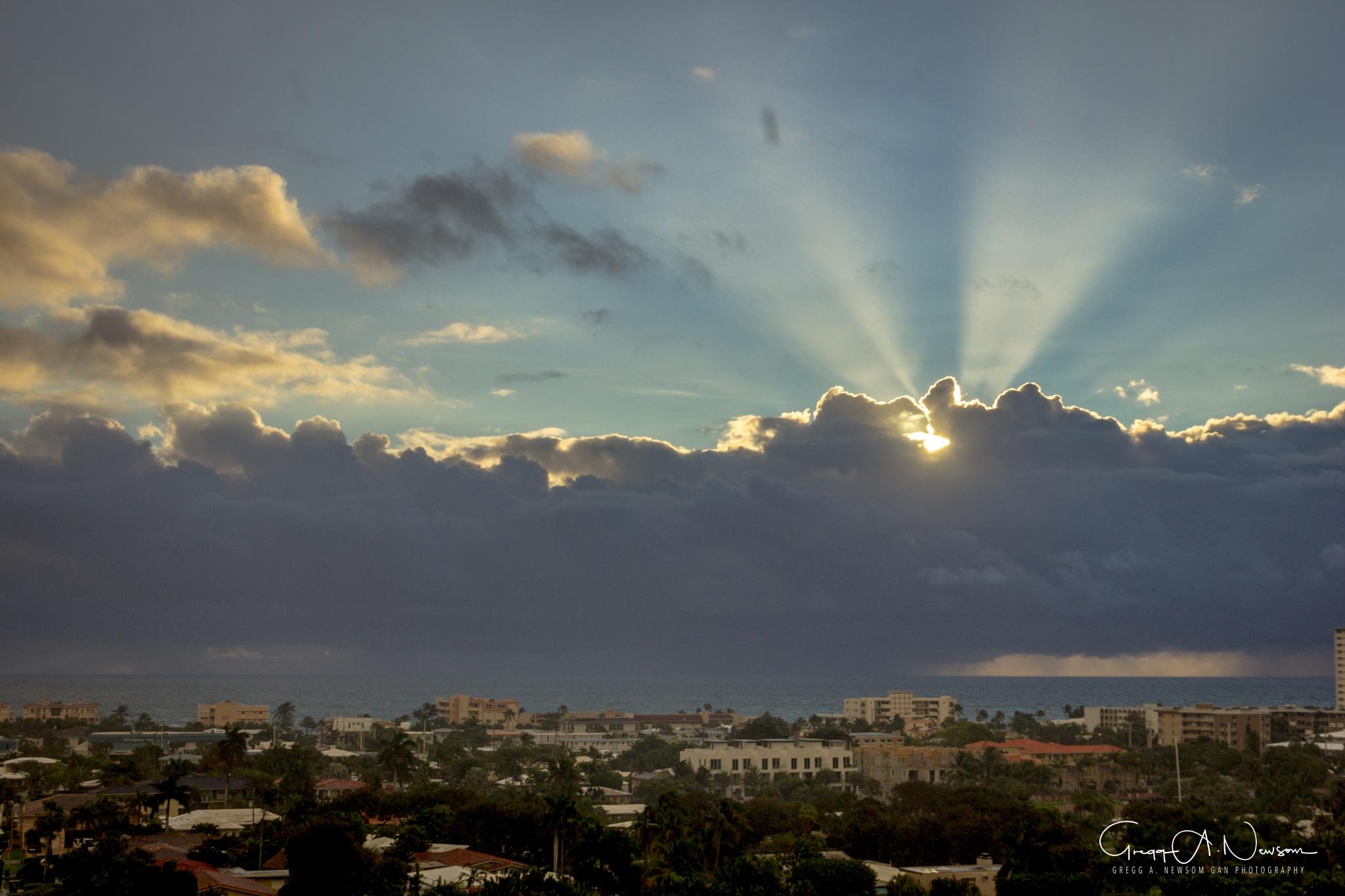A sunrise. by Gnewsom324
