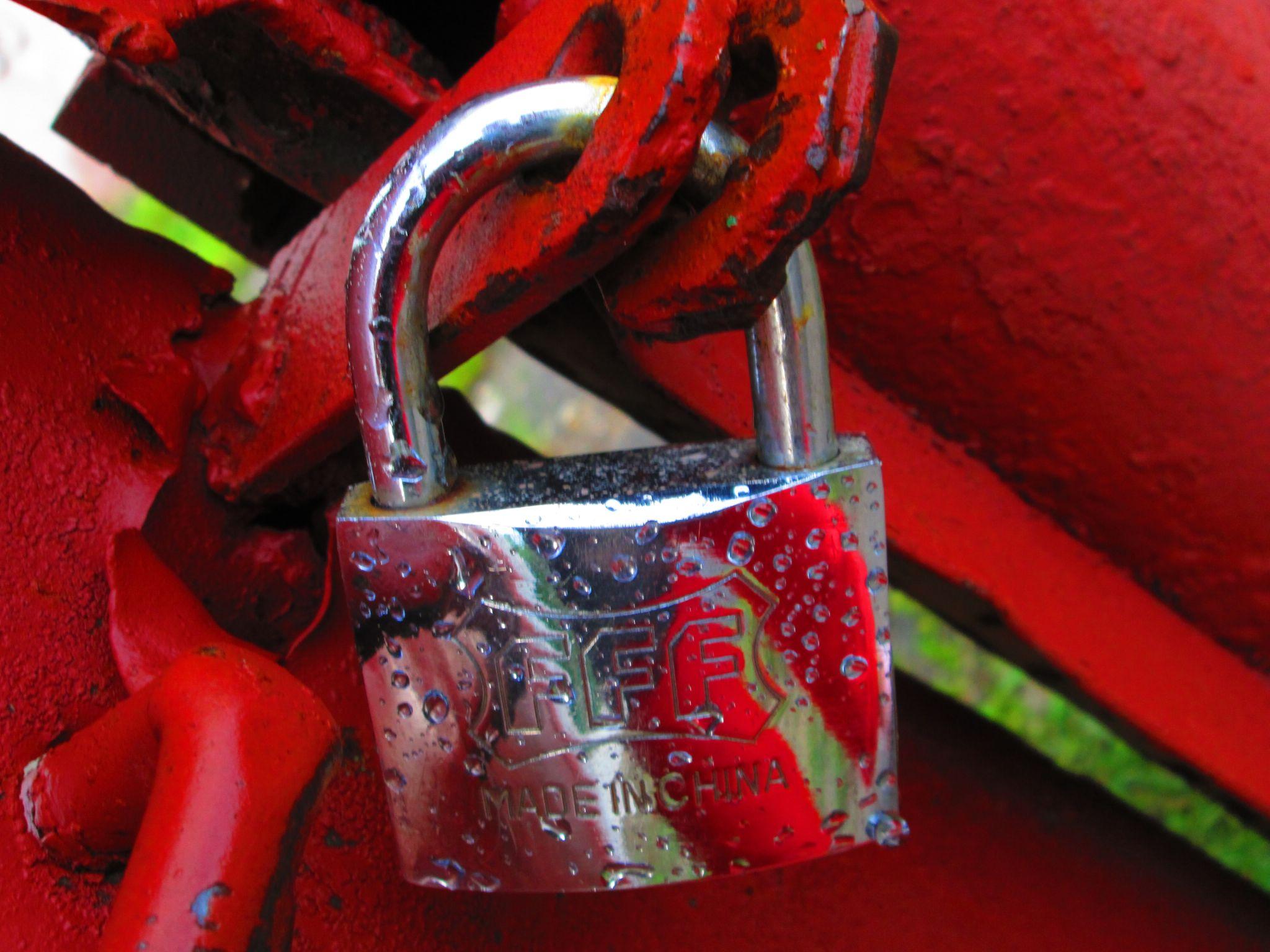 locked love by Gratiela