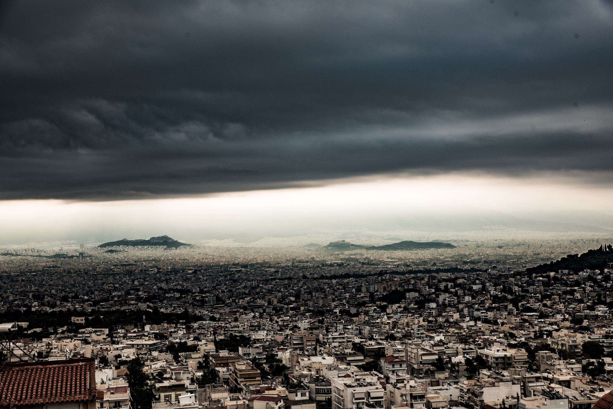 Athens, before rain by Makis