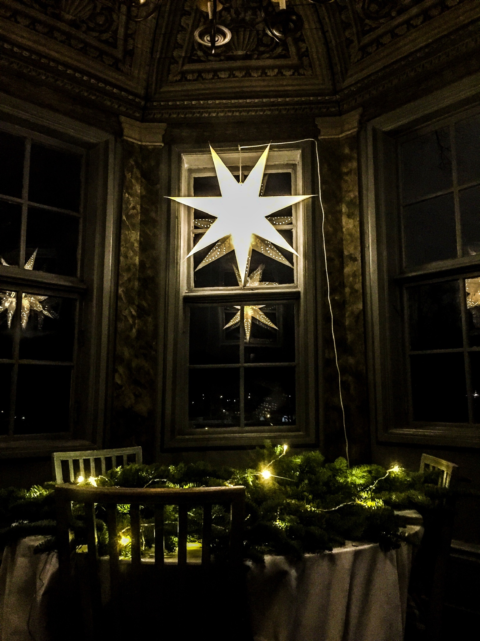 so wonderfully with a gazebo carrying the Christmas spirit by Patric Lundh