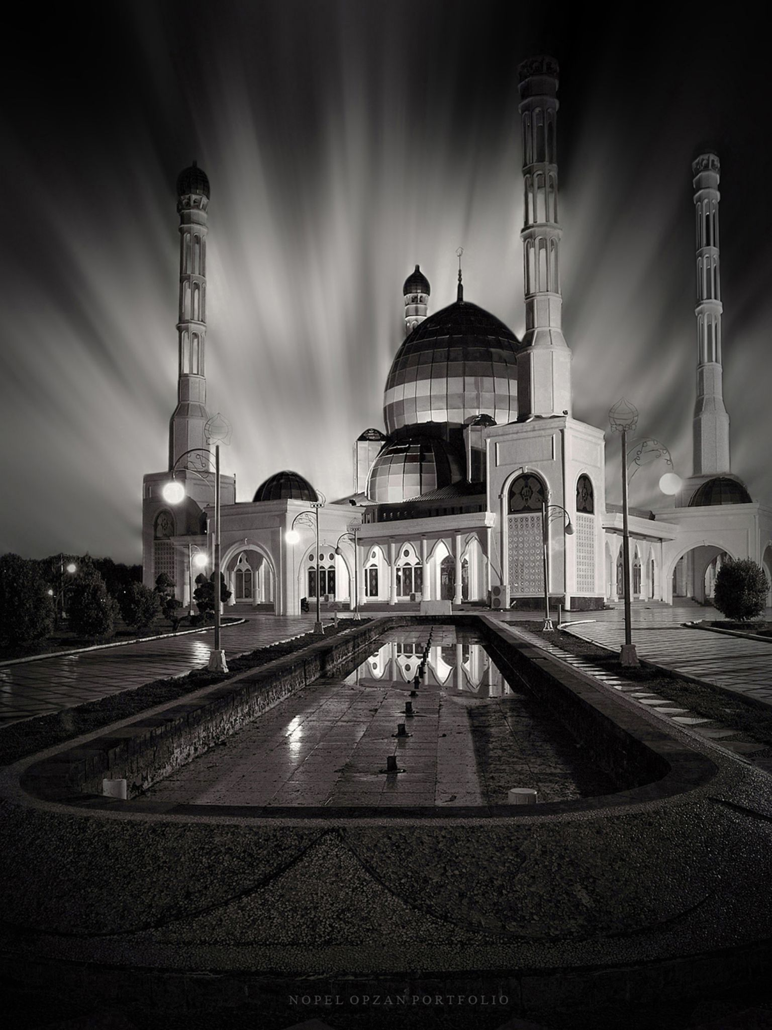 Mesjid Agung  by Nopel_Opzan