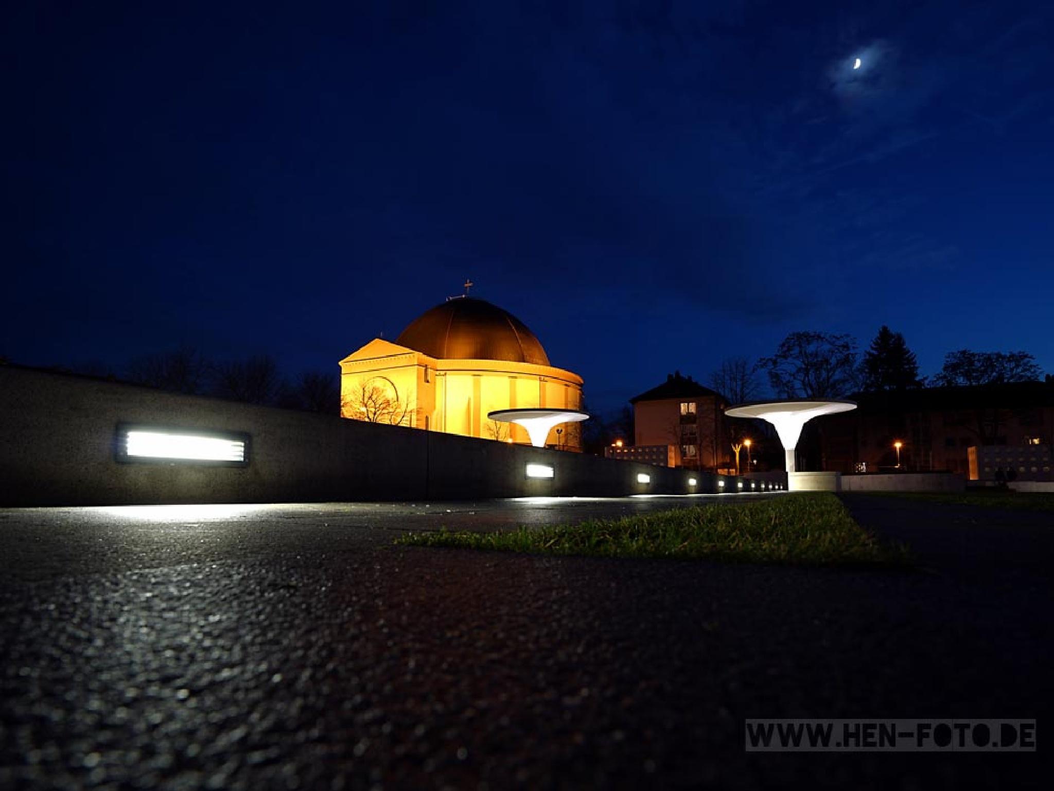 Zunehmender Mond by HEN-FOTO